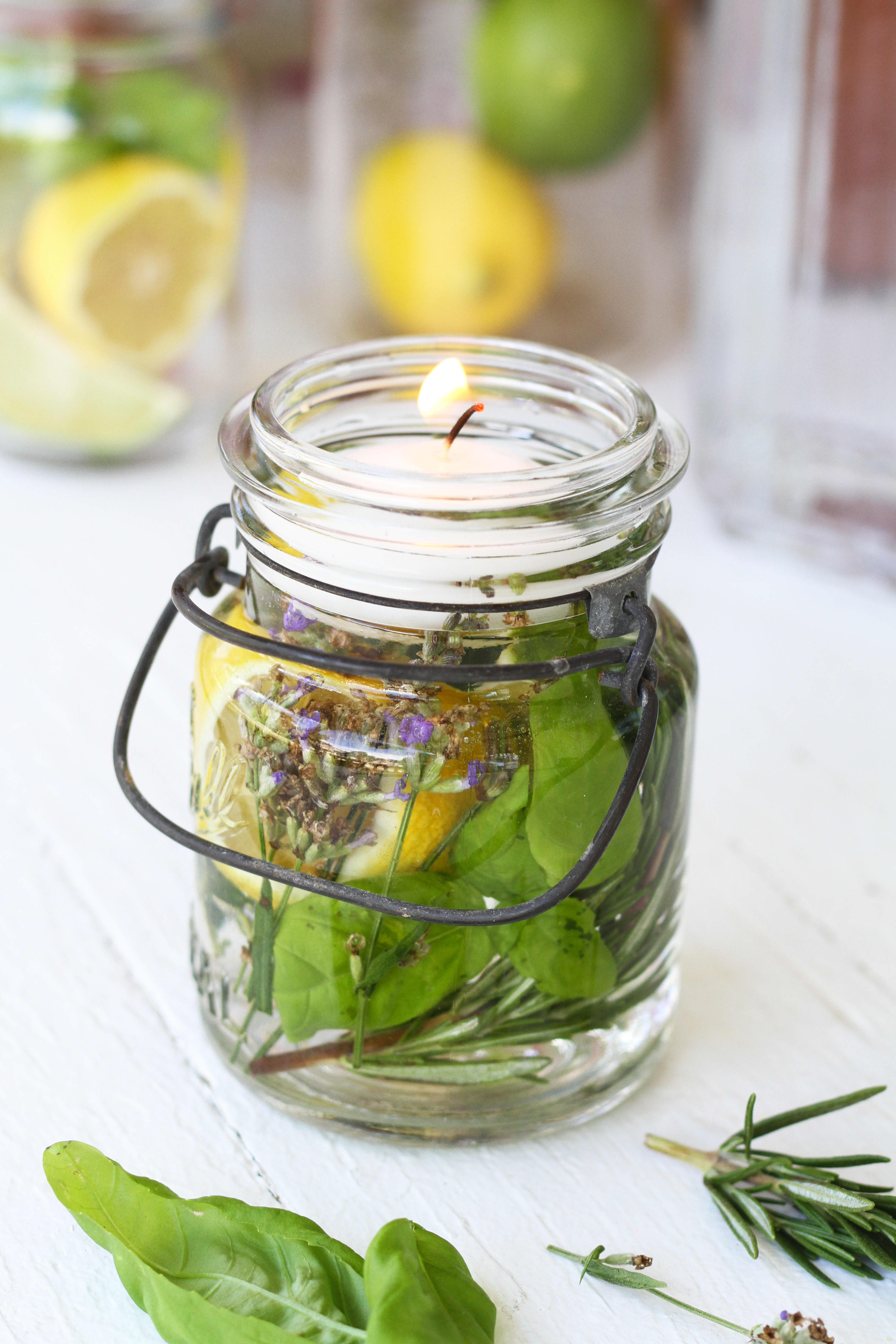 How To Make a Citronella Candle in a Mason Jar: gallery image 5