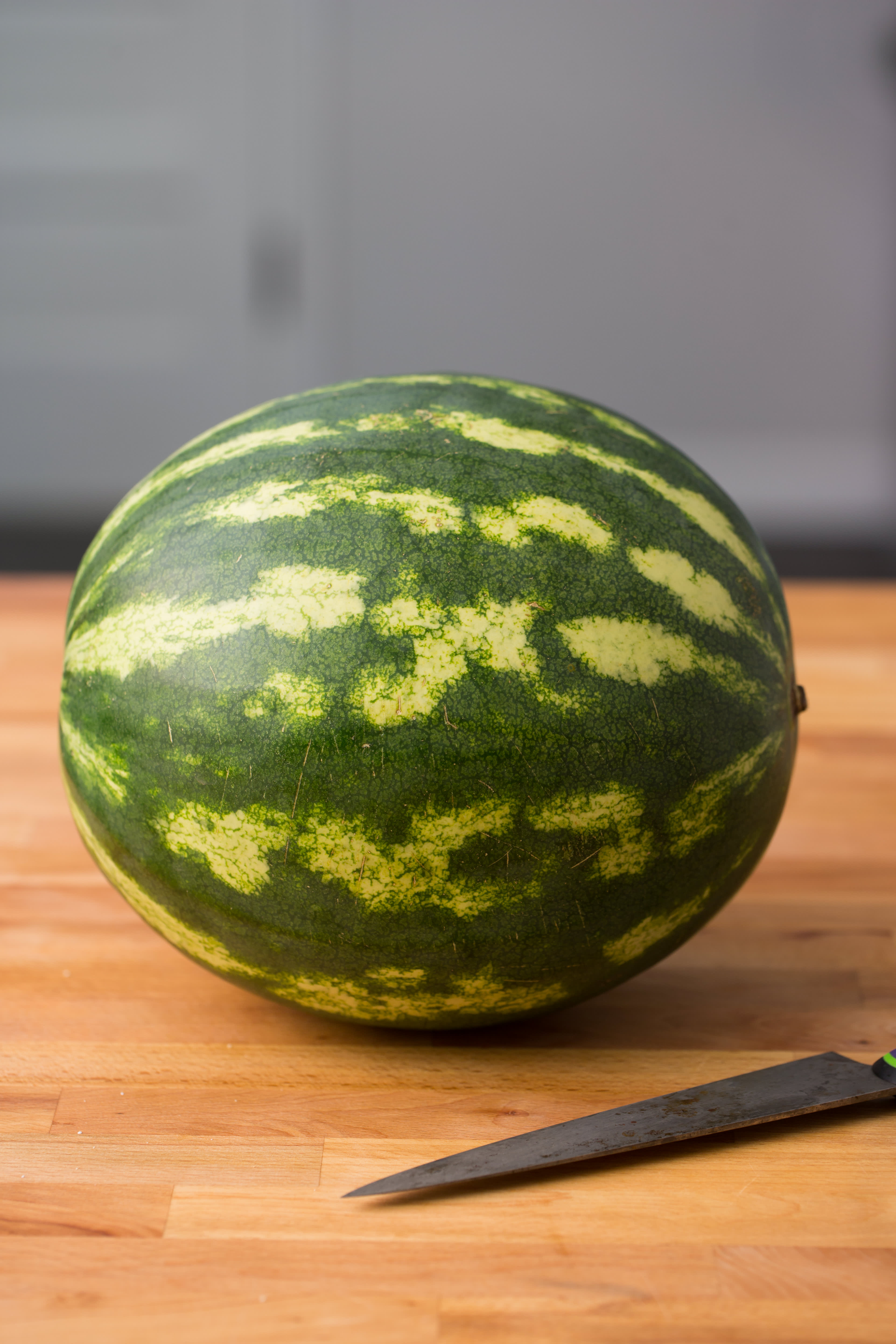 How To Grill Watermelon: gallery image 1