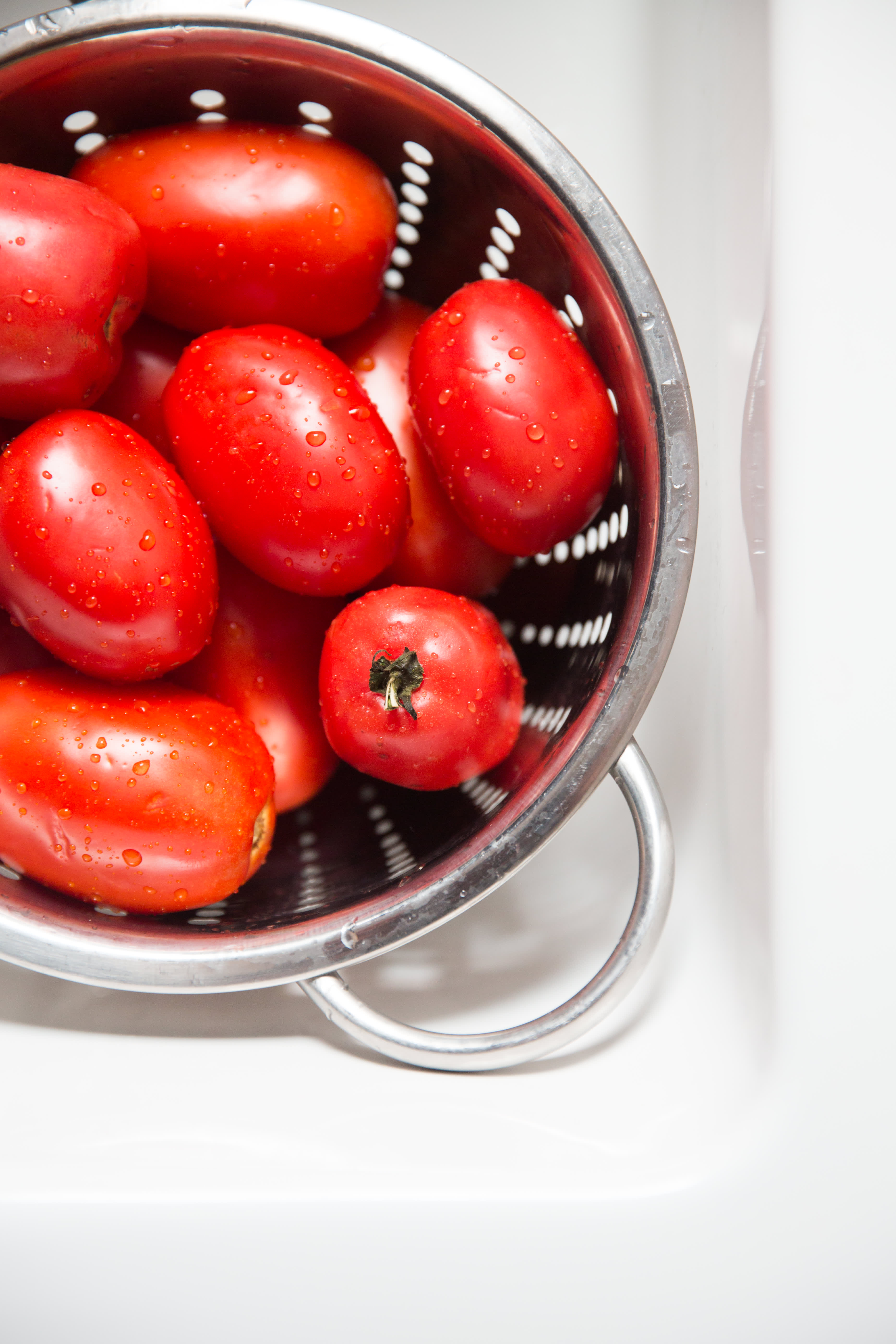How To Dry Tomatoes in the Oven: gallery image 1