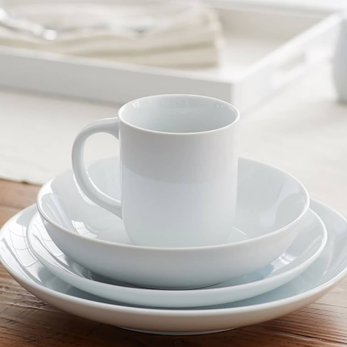 6 Dinnerware Sets That Will Outlast Your Design Whims: gallery image 2