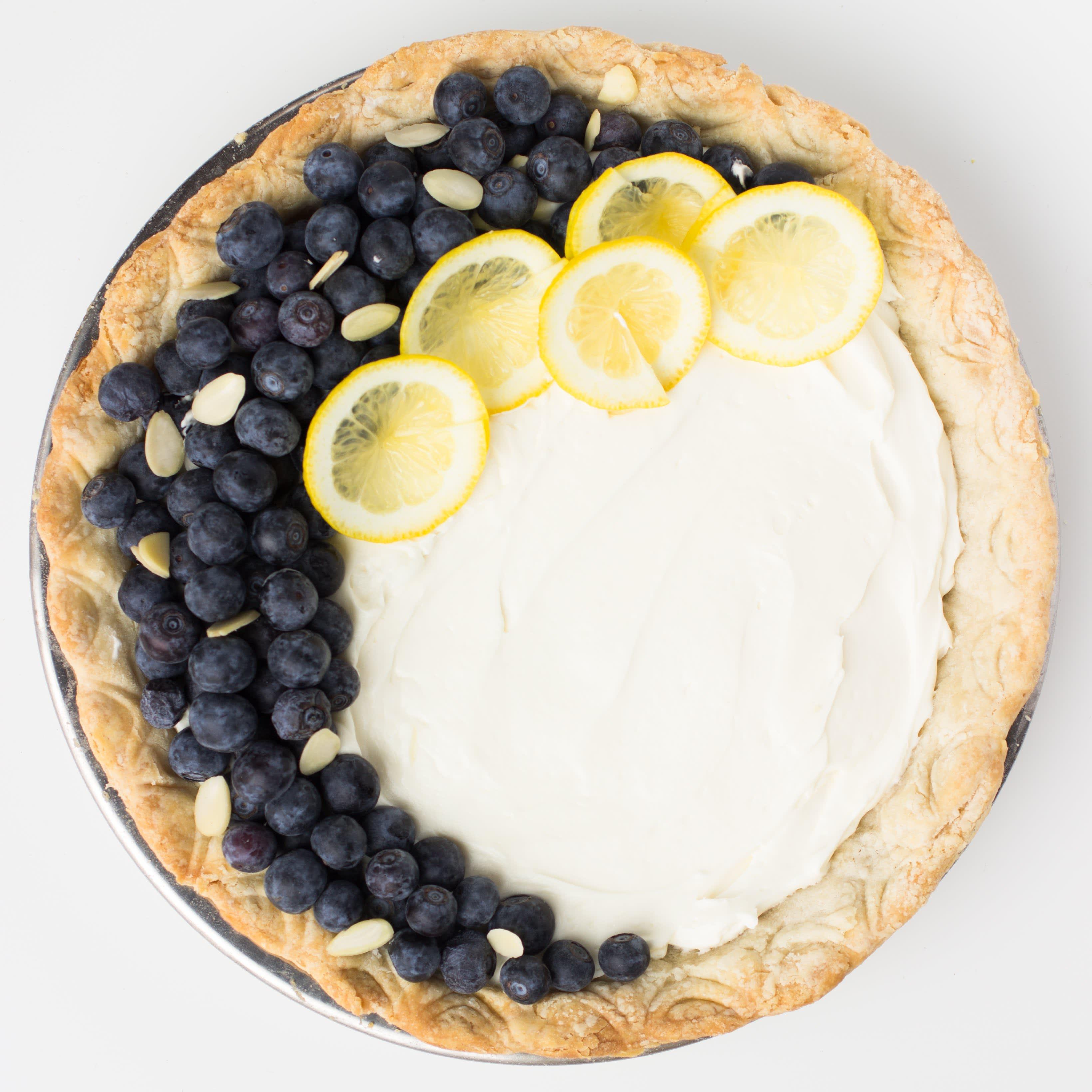 Spoon Crimp Pie Crust - How to Decorate a Pie