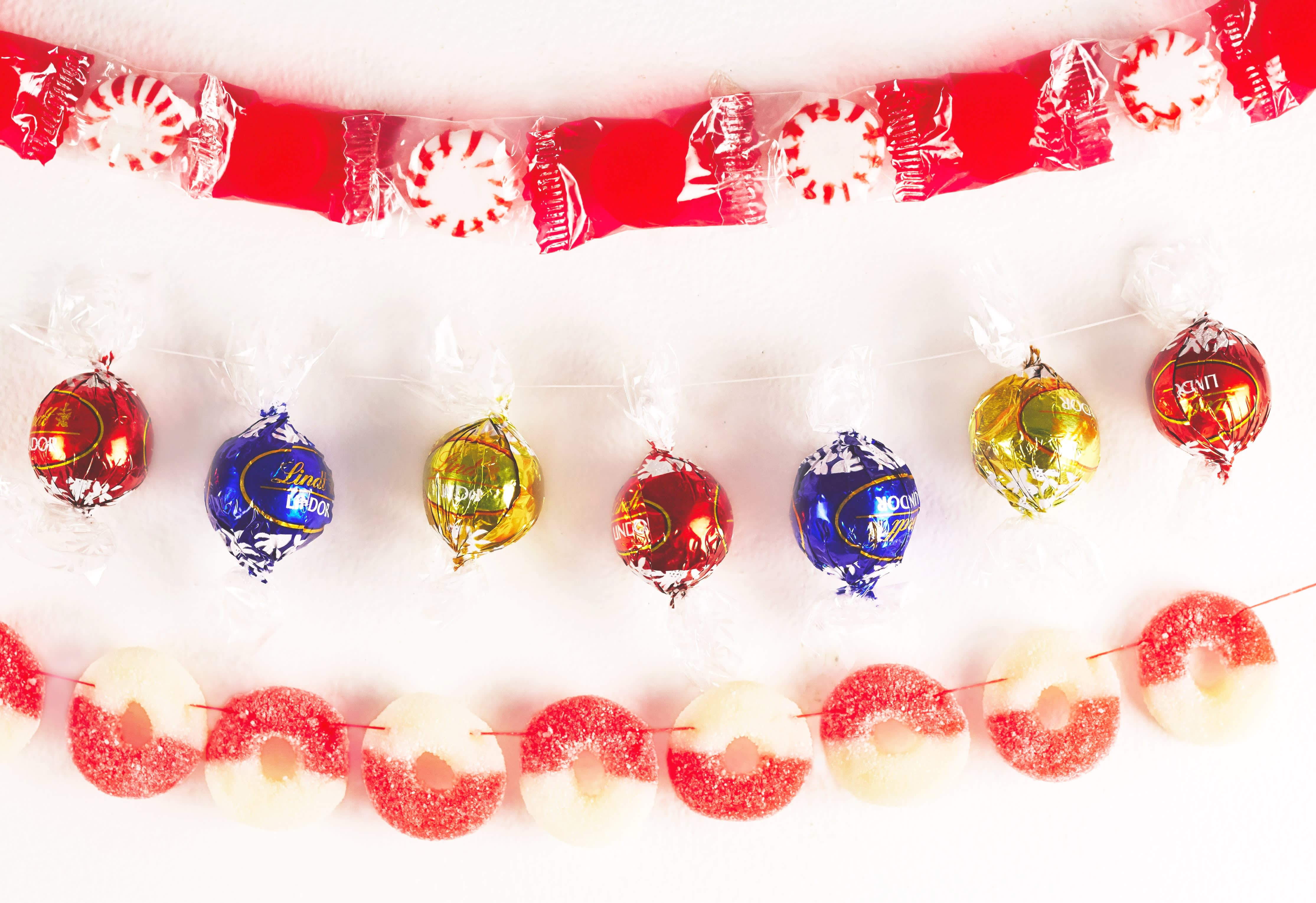 Beyond Popcorn String: Candies for Your Christmas Tree Garland: gallery image 3
