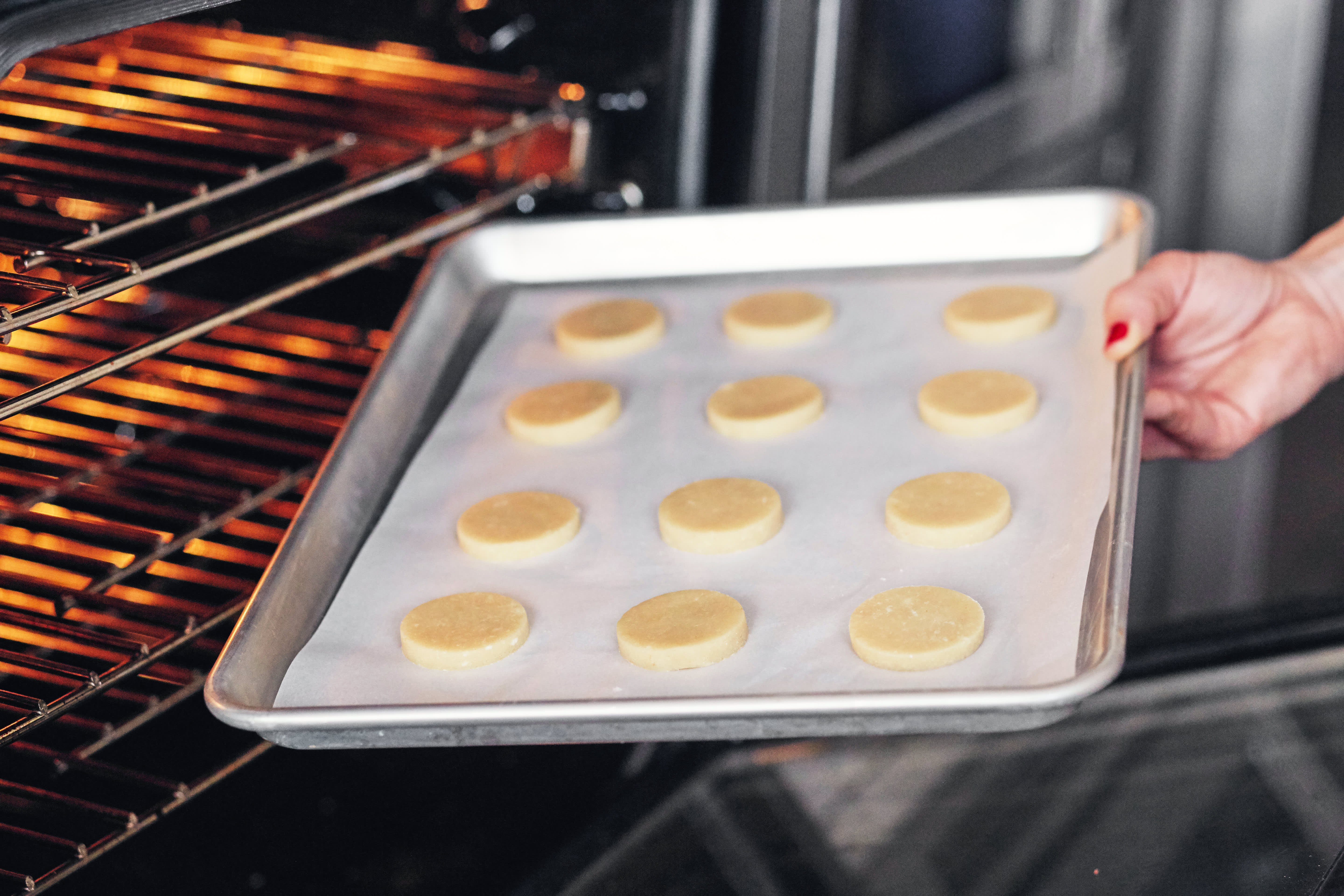 How To Make Shortbread Cookies: gallery image 7