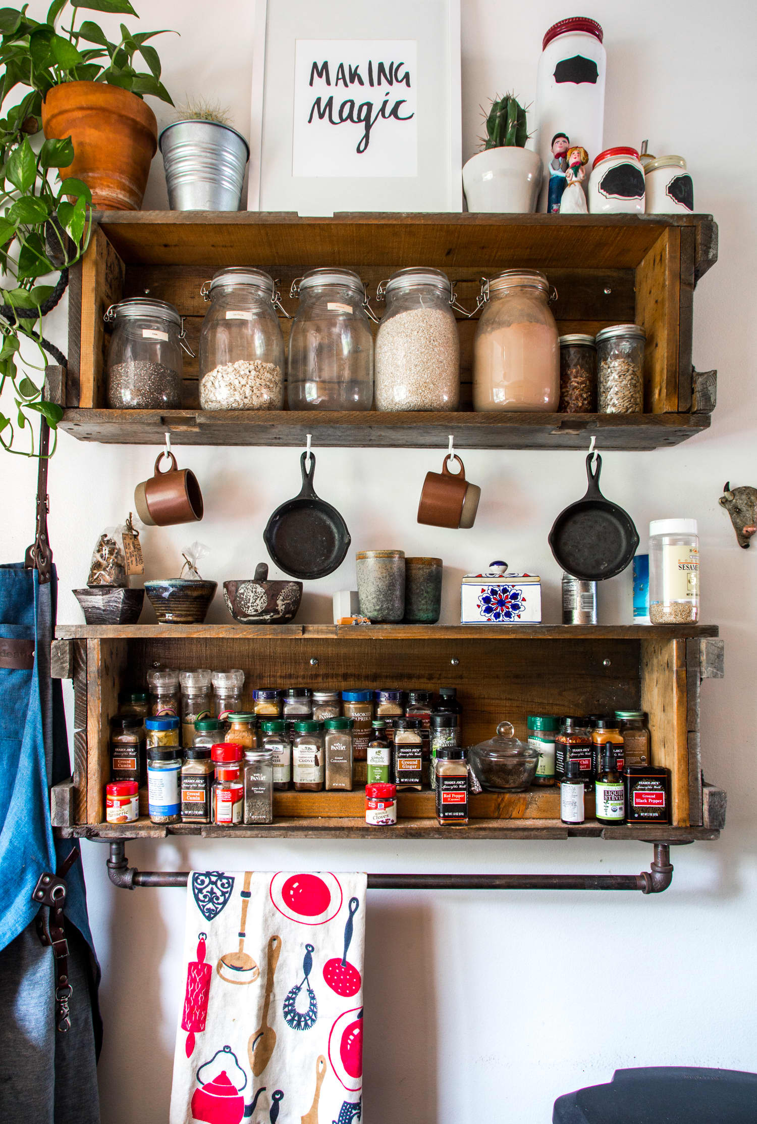 15 Ingenious Ways to Create a More Organized Kitchen: gallery image 15