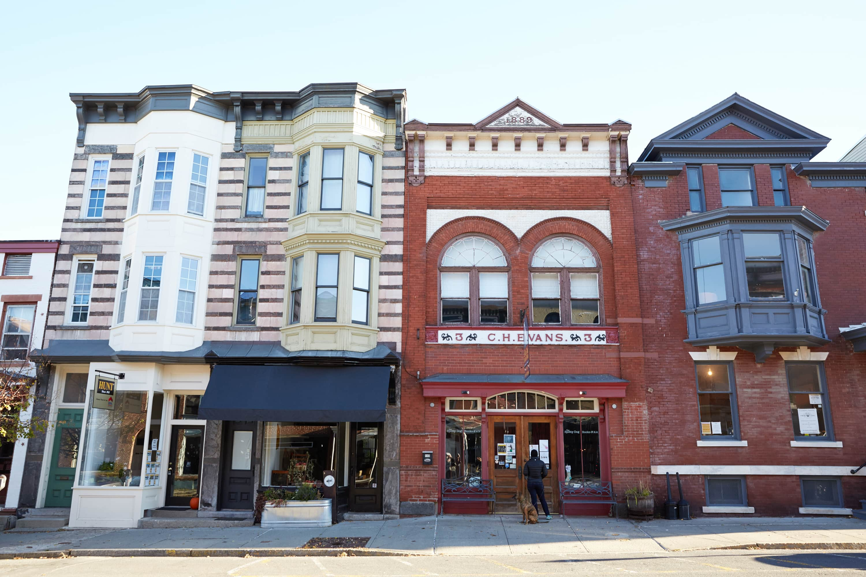 Plan Your Perfect Day in Hudson, New York: gallery image 2
