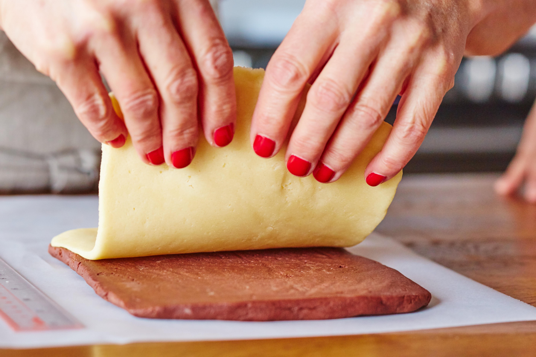 How To Make Pinwheel Sugar Cookies: gallery image 9