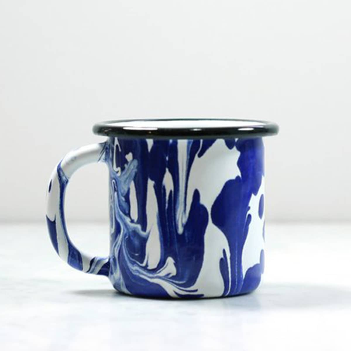 10 Pretty Mugs to Dress Up Your Desk: gallery image 7
