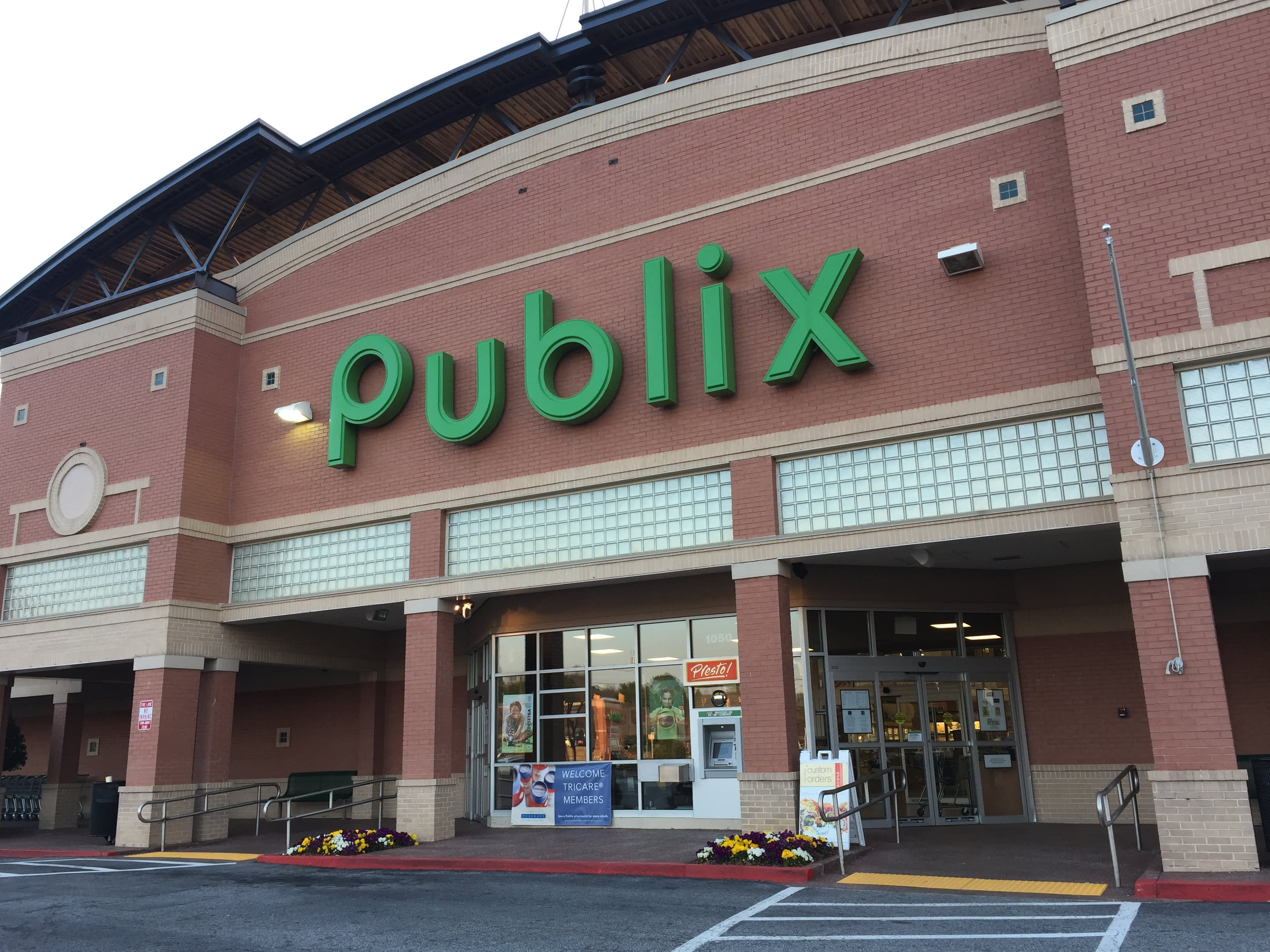 10 Reasons Publix Is The Best Grocery Store Ever