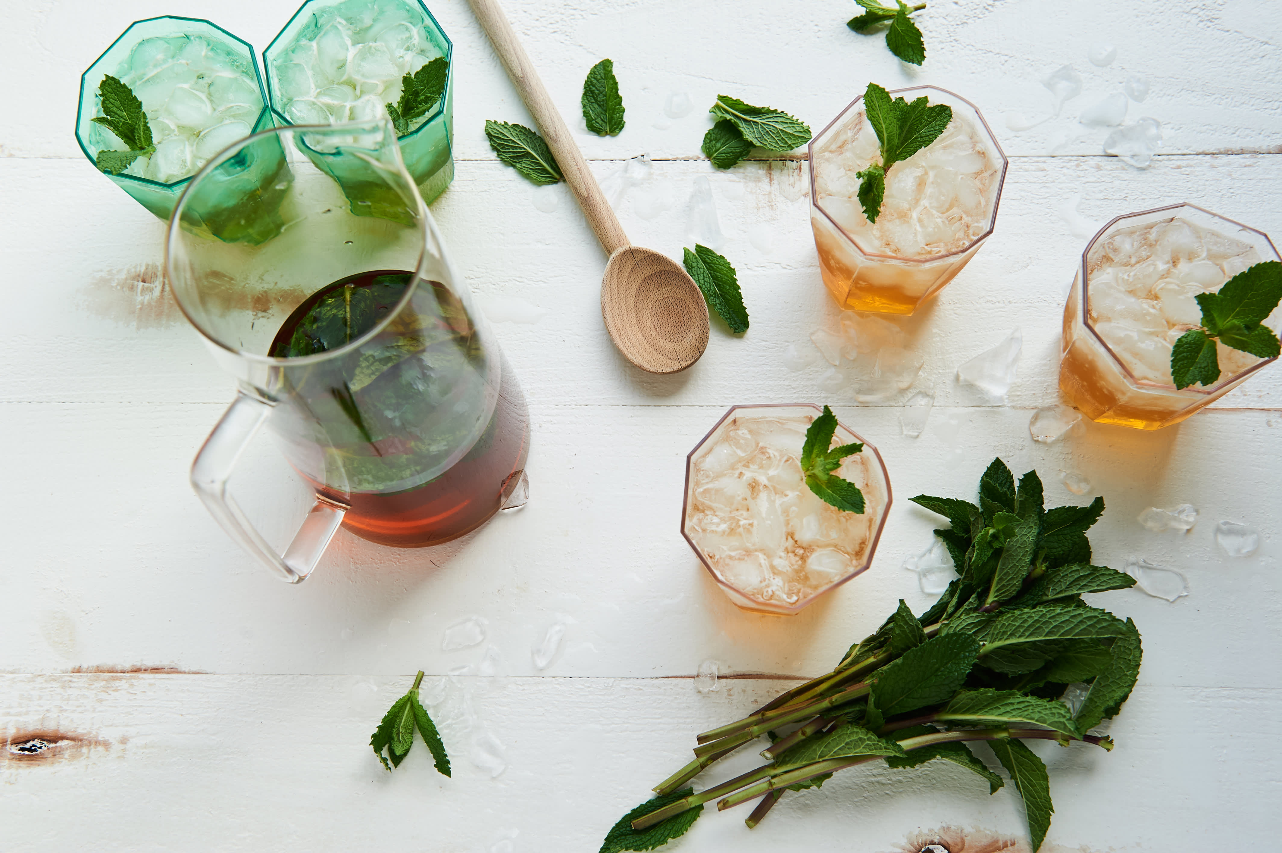 How To Make a Whole Pitcher of Mint Juleps: gallery image 4