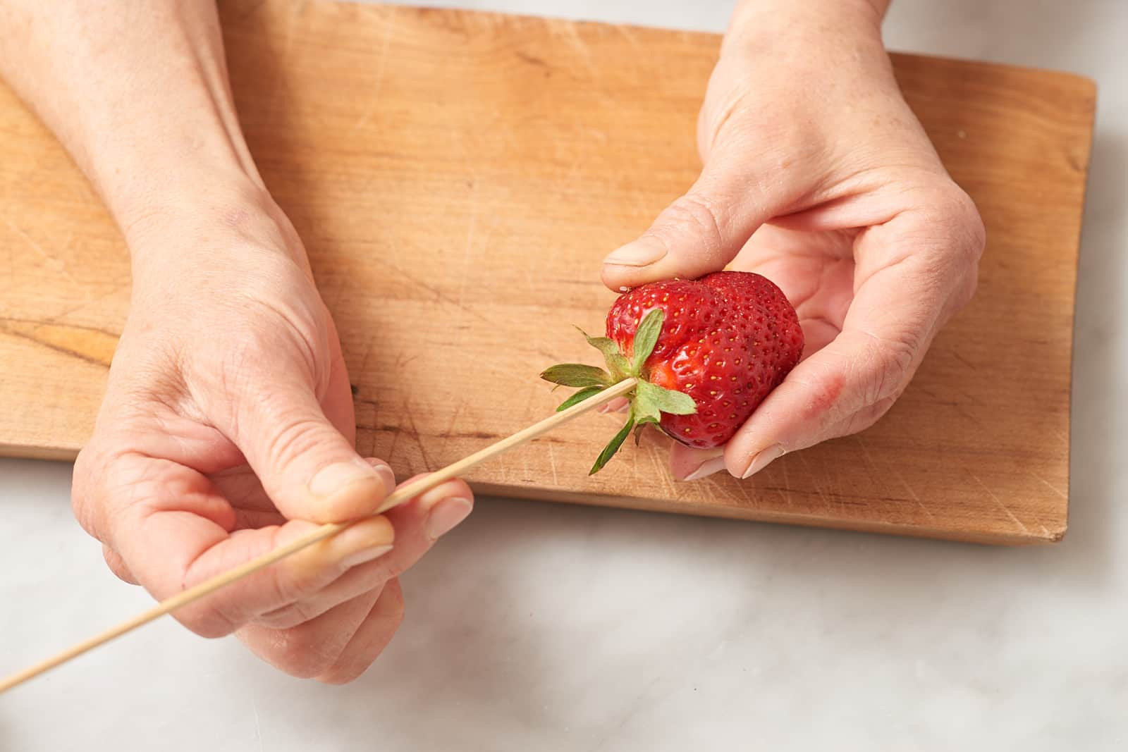 How To Make Strawberry Roses: gallery image 1