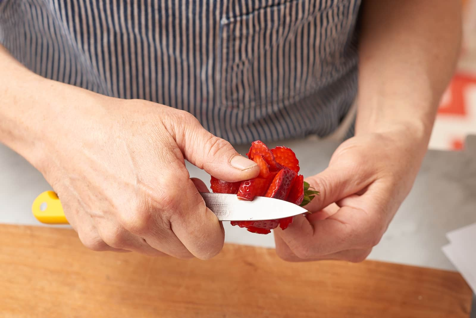 How To Make Strawberry Roses: gallery image 4