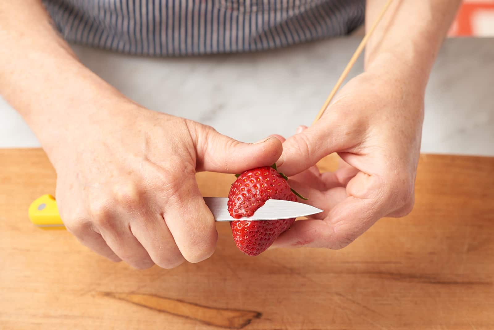 How To Make Strawberry Roses: gallery image 2