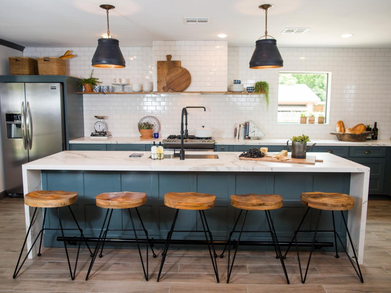 5 Essential Elements In Every Fixer Upper Kitchen