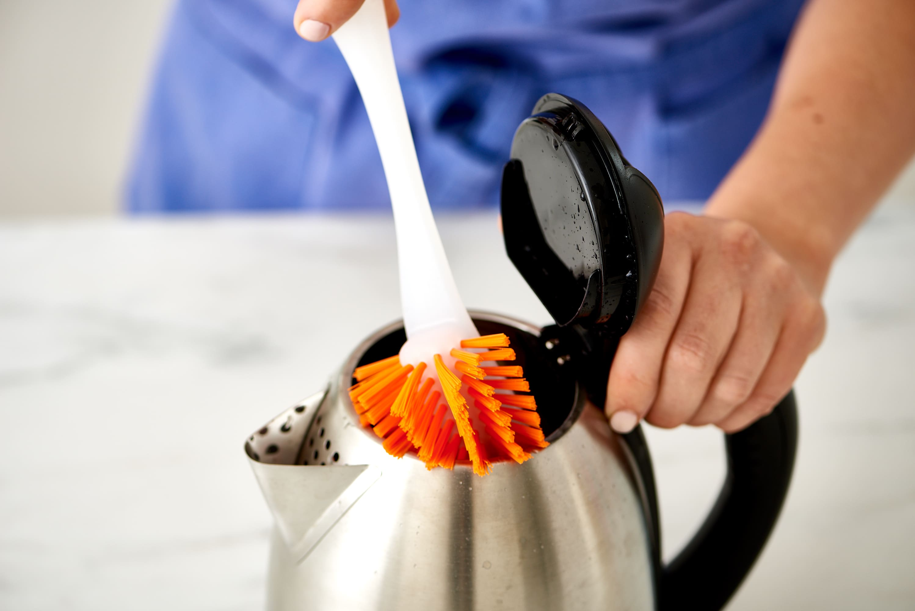 How To Clean an Electric Kettle: gallery image 5