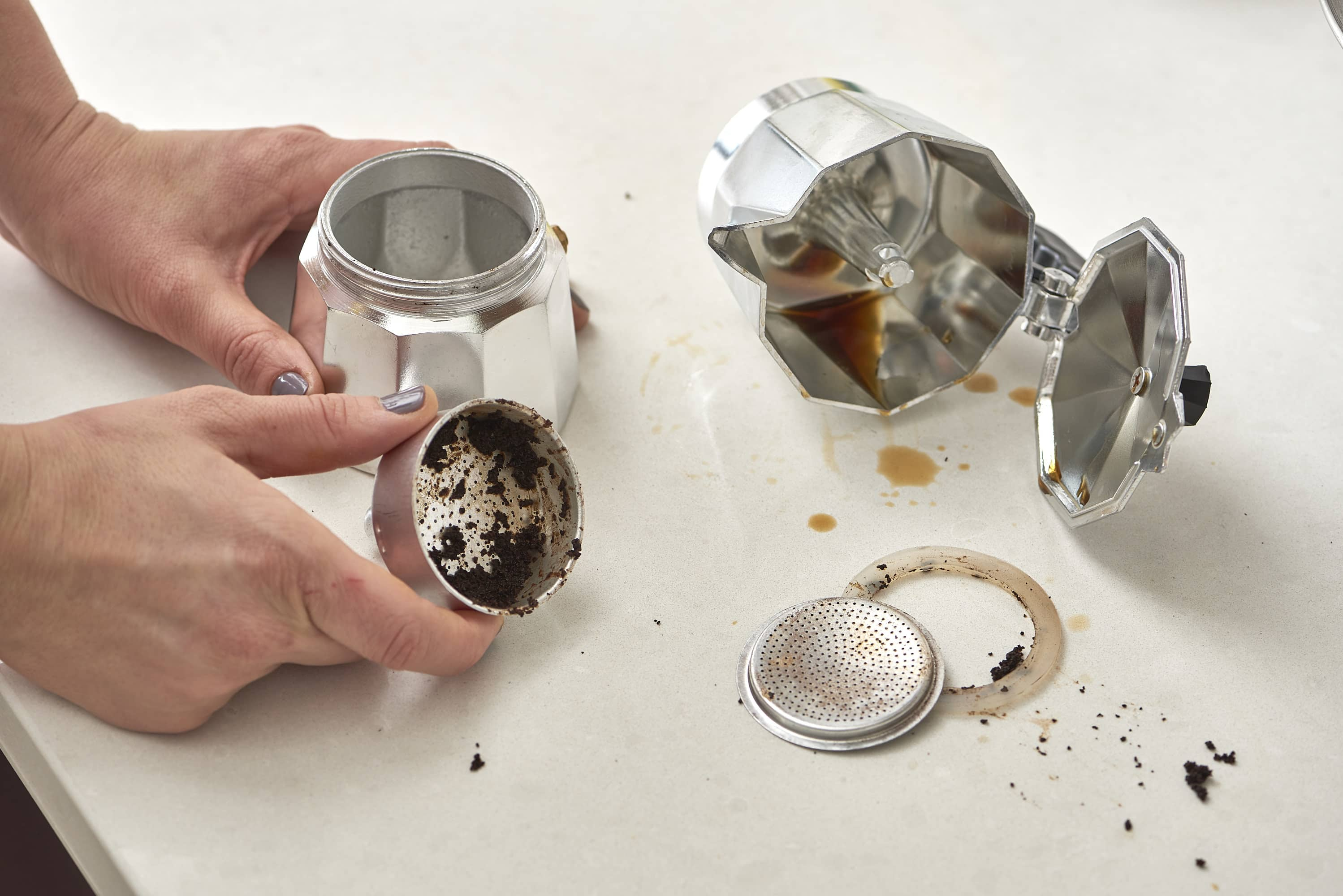 How To Clean a Moka Pot: gallery image 2