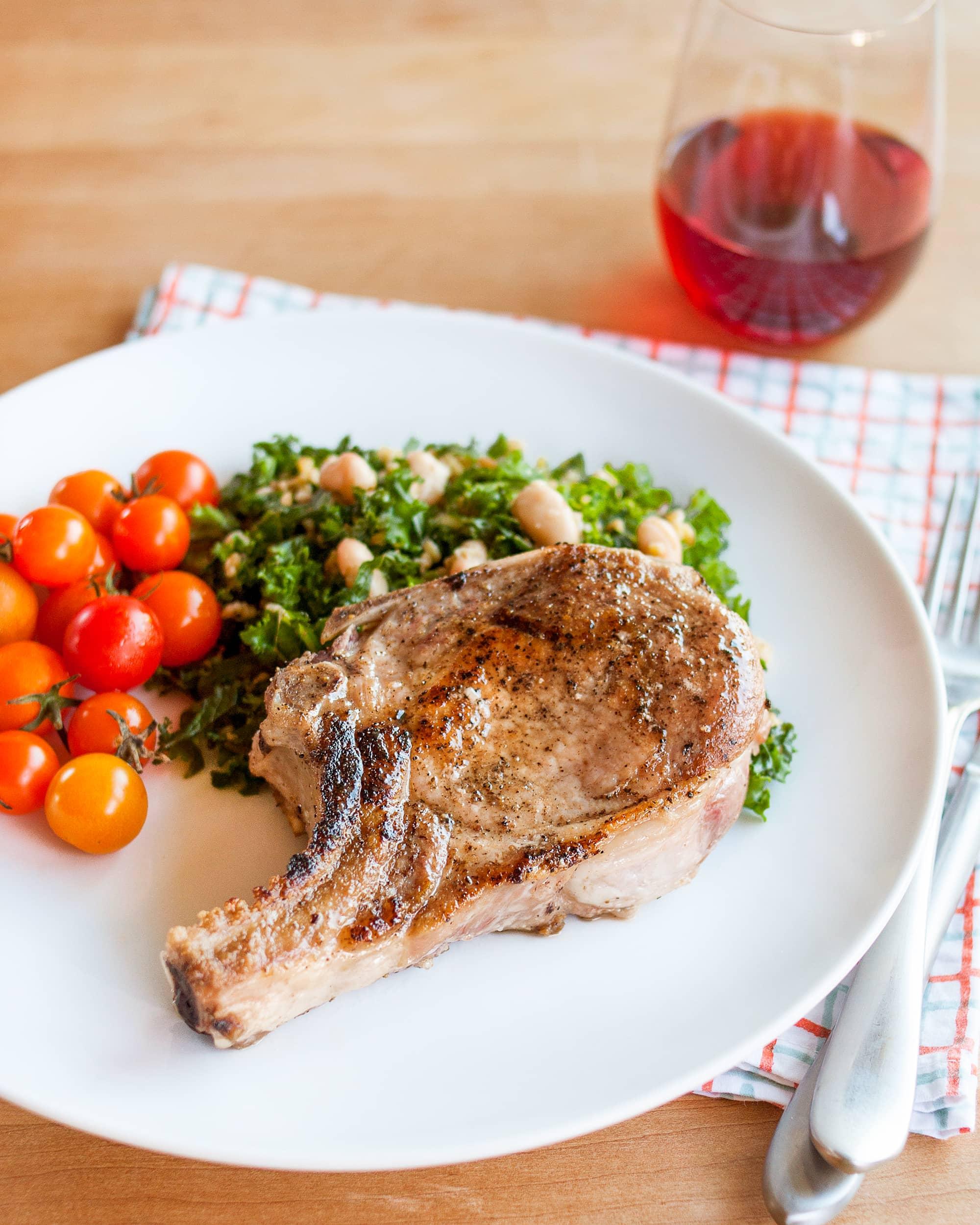 How to Cook Tender, Juicy Pork Chops
