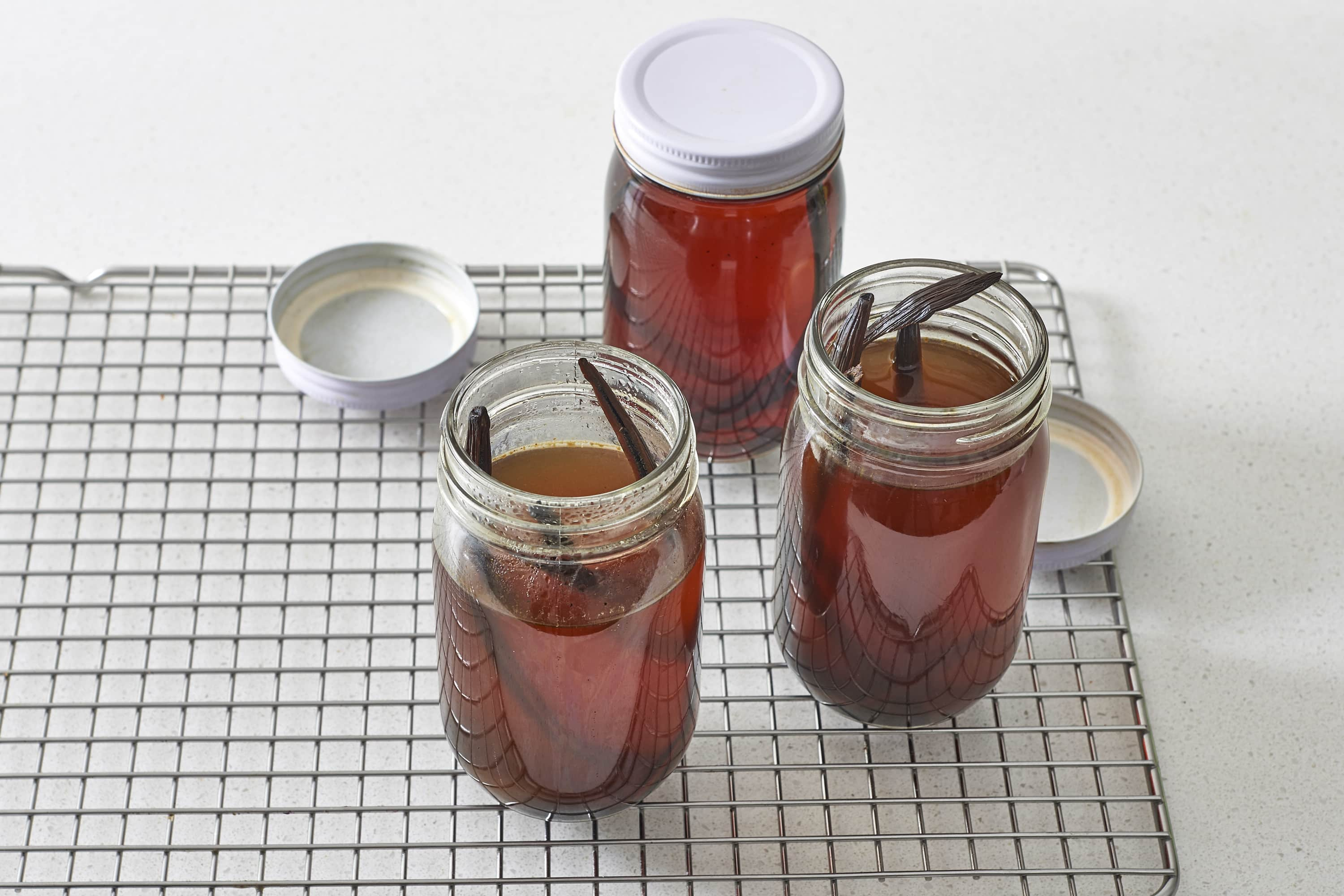 How To Make Instant Pot Vanilla Extract: gallery image 7