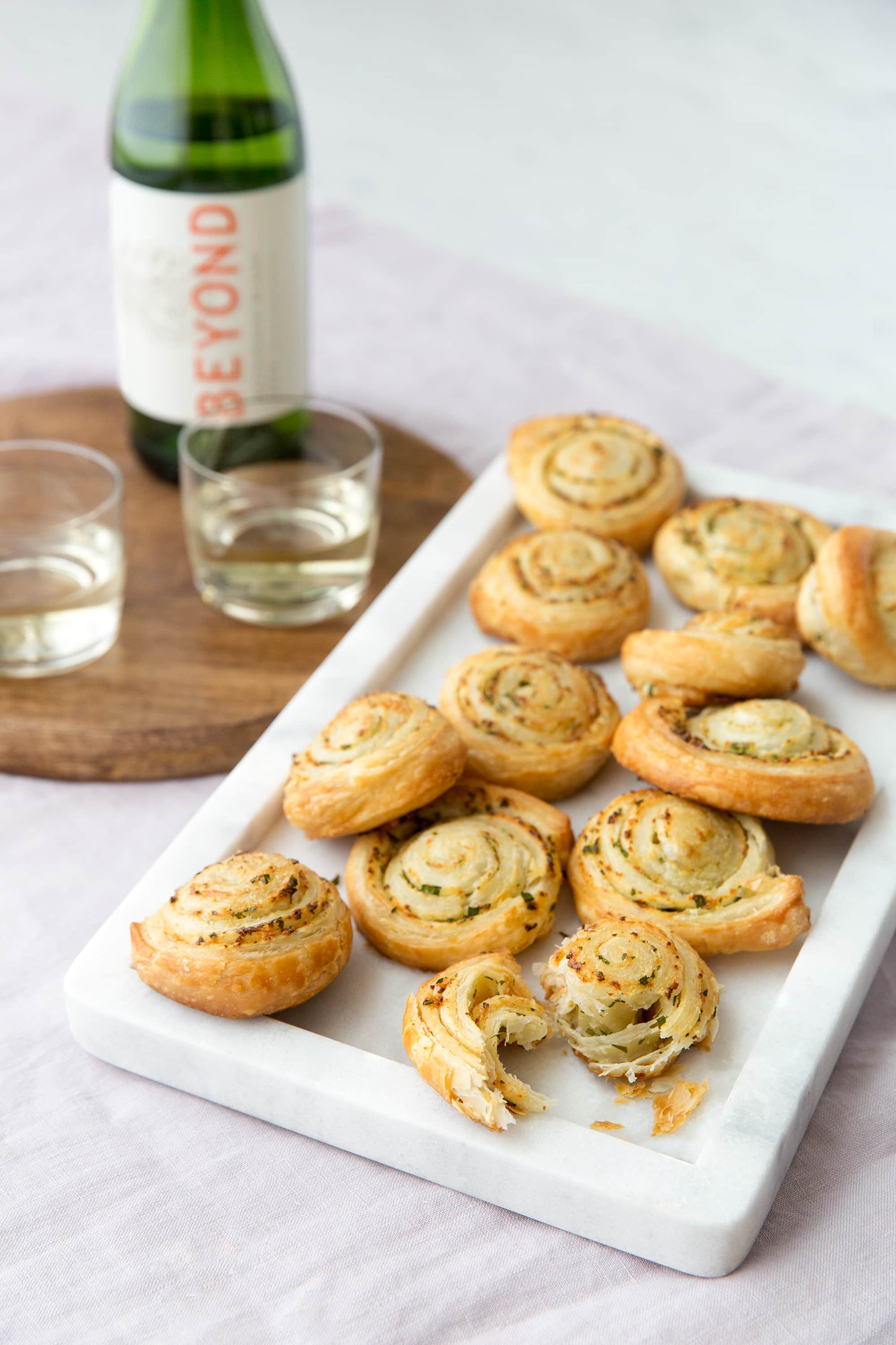 10 Quick Appetizers for a Last-Minute Happy Hour