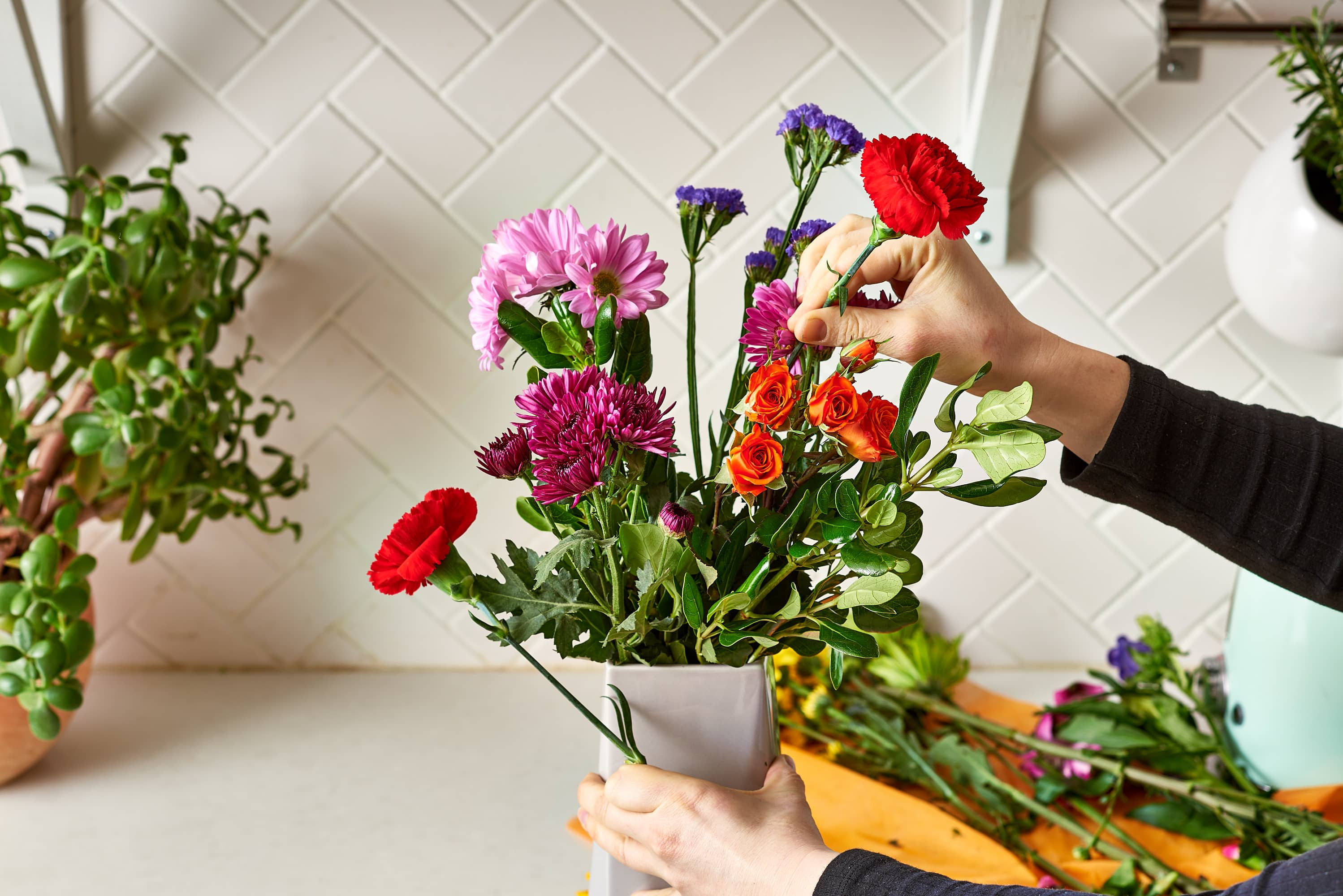 Make a Cheap Grocery Store Bouquet Look Like a Million Bucks: gallery image 7