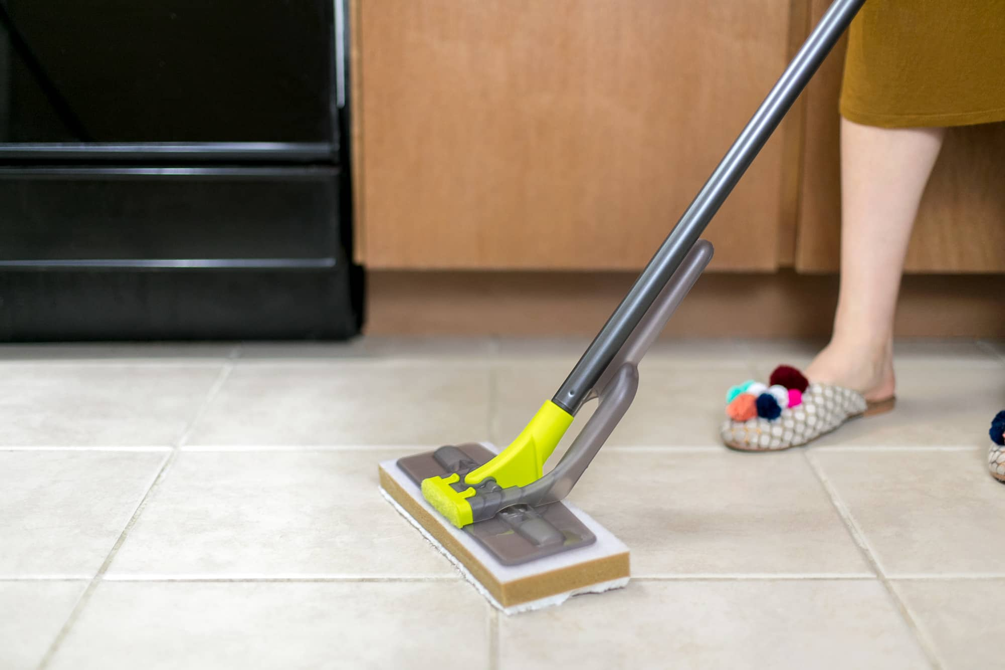 How To Clean Porcelain and Ceramic Tile Floors: gallery image 5
