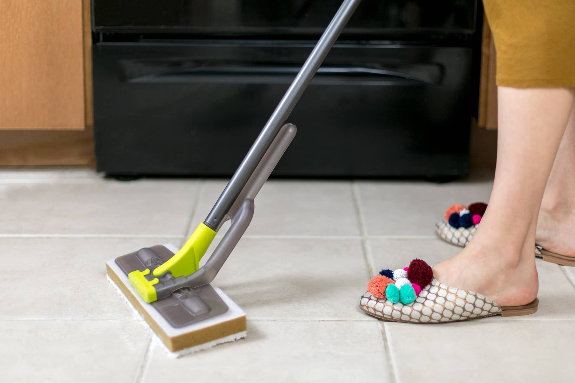 How To Clean Porcelain and Ceramic Tile Floors: gallery image 6