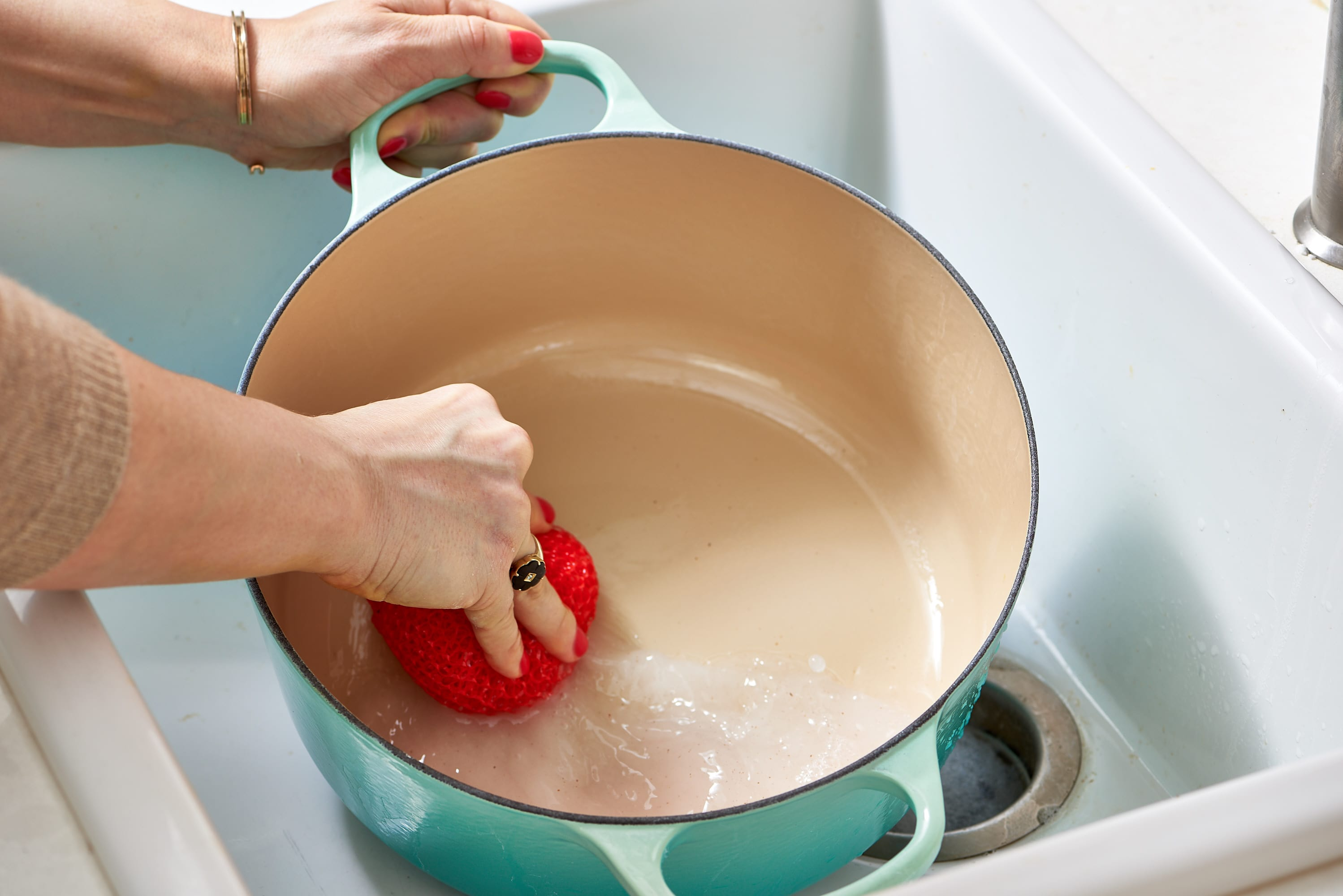 How To Clean Your Enameled Cast Iron Dutch Oven: gallery image 7