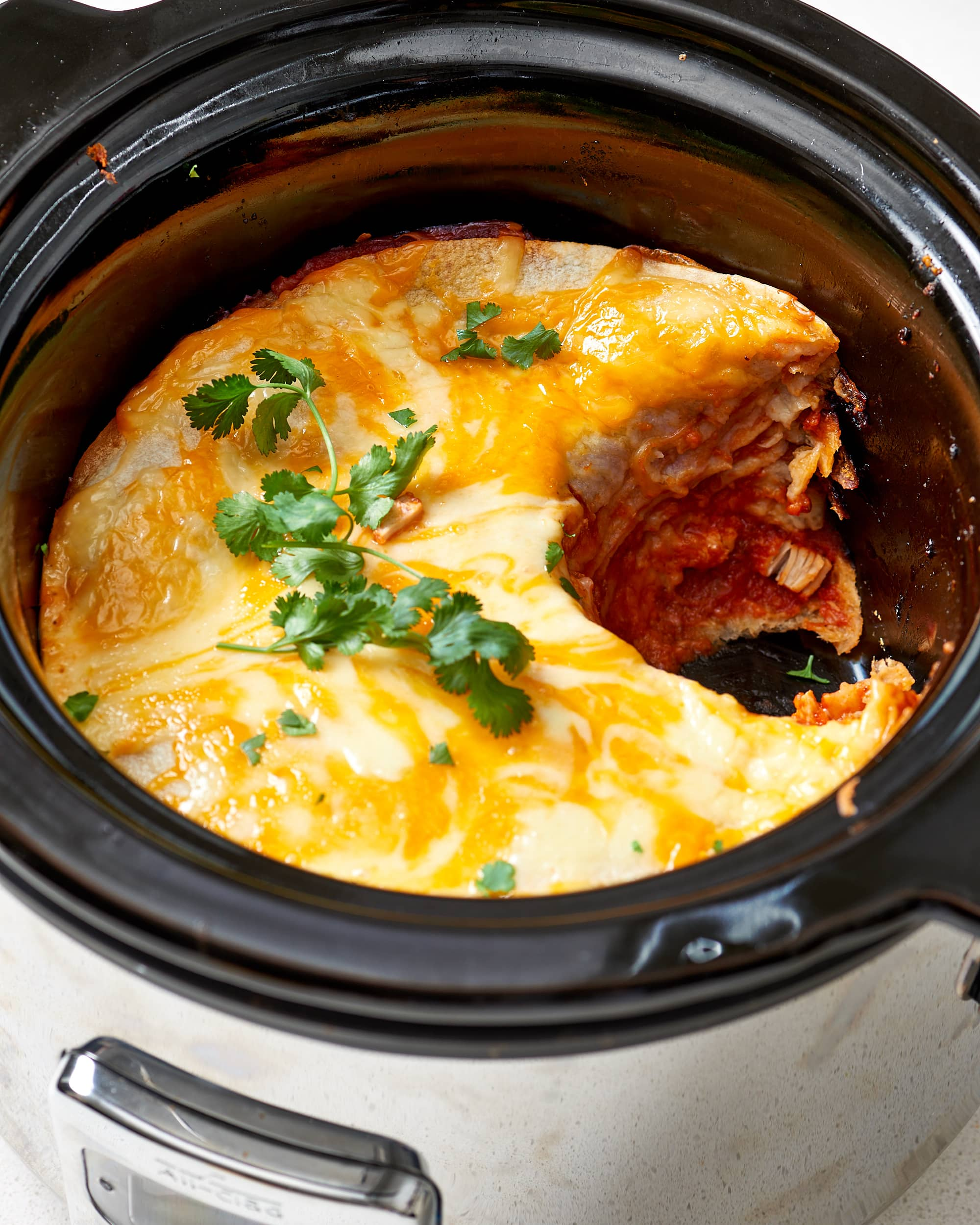 How To Make Easy Slow Cooker Chicken Enchiladas: gallery image 1