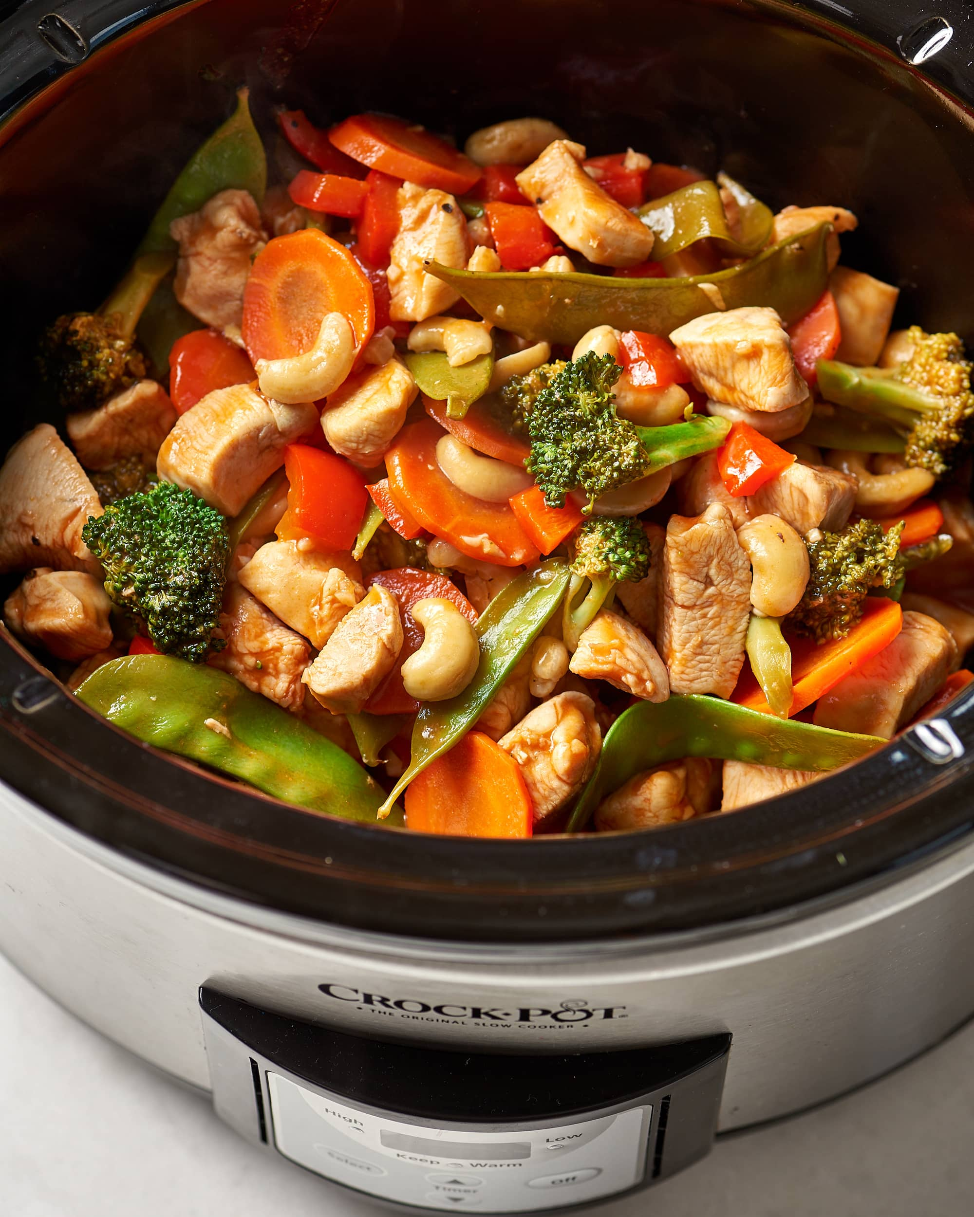 Slow Cooker Dinners: 10 Easy Slow Cooker Chicken Dinners To Add To Your Meal