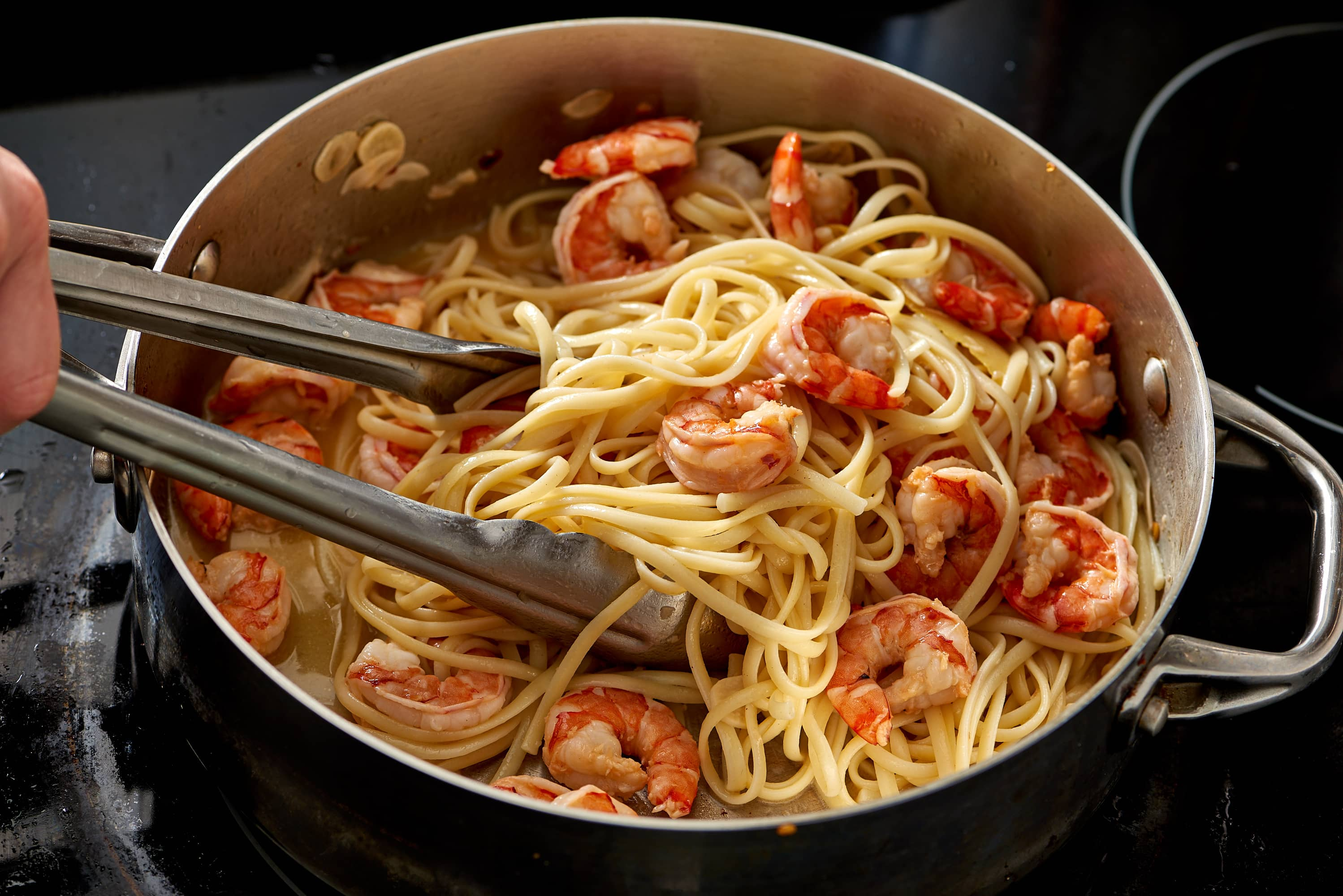 How To Make the Best Easy Shrimp Scampi (with Linguine): gallery image 9