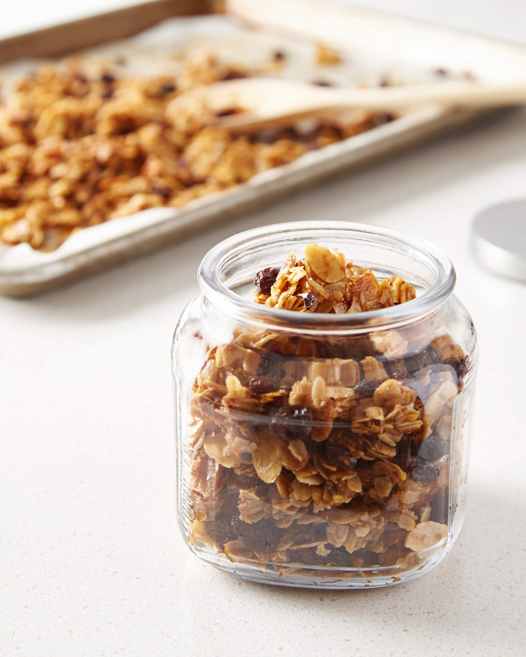 How To Make Easy Homemade Granola: gallery image 9