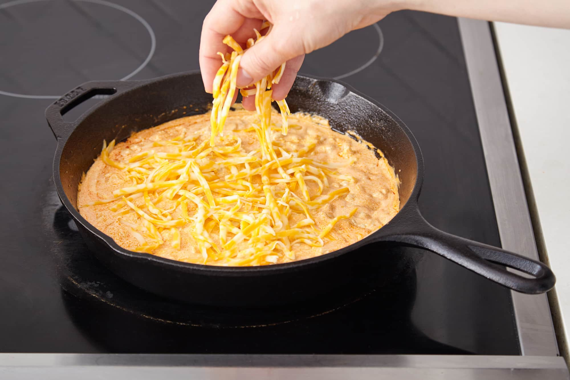 How To Make the Easiest Buffalo Chicken Dip: gallery image 7