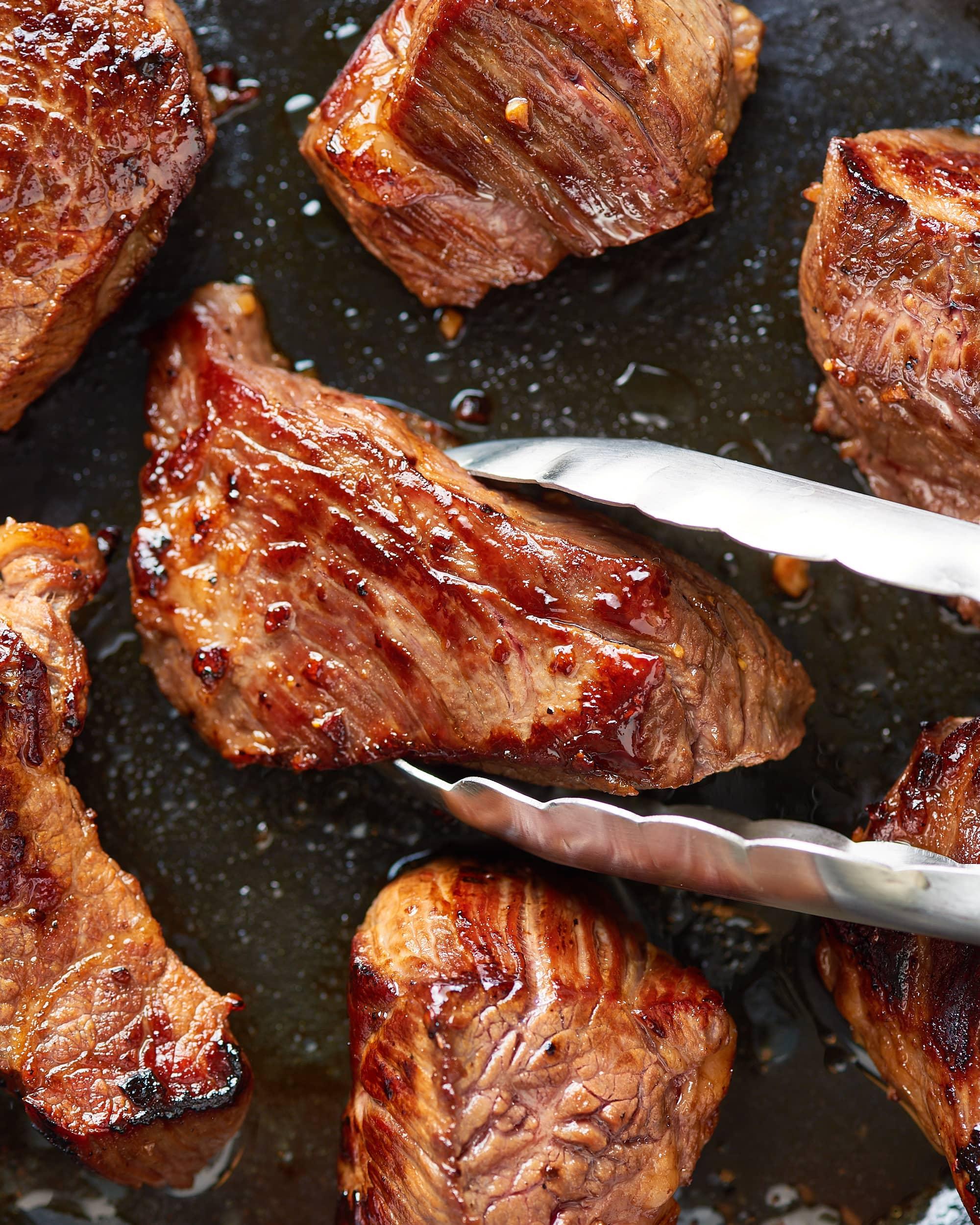 Treat Yourself to Garlic Butter Steak Bites Tonight