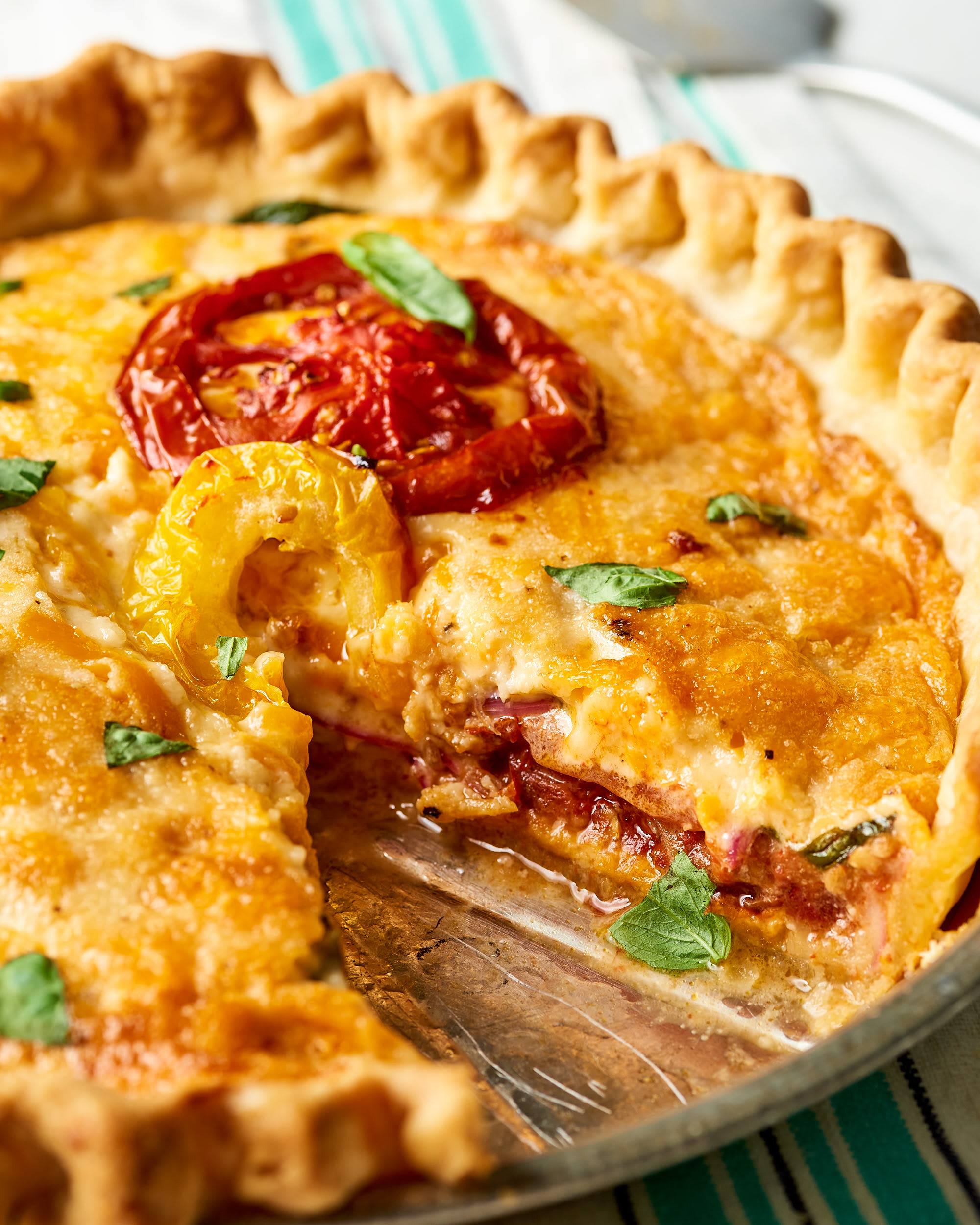How To Make Easy Tomato Pie: gallery image 12