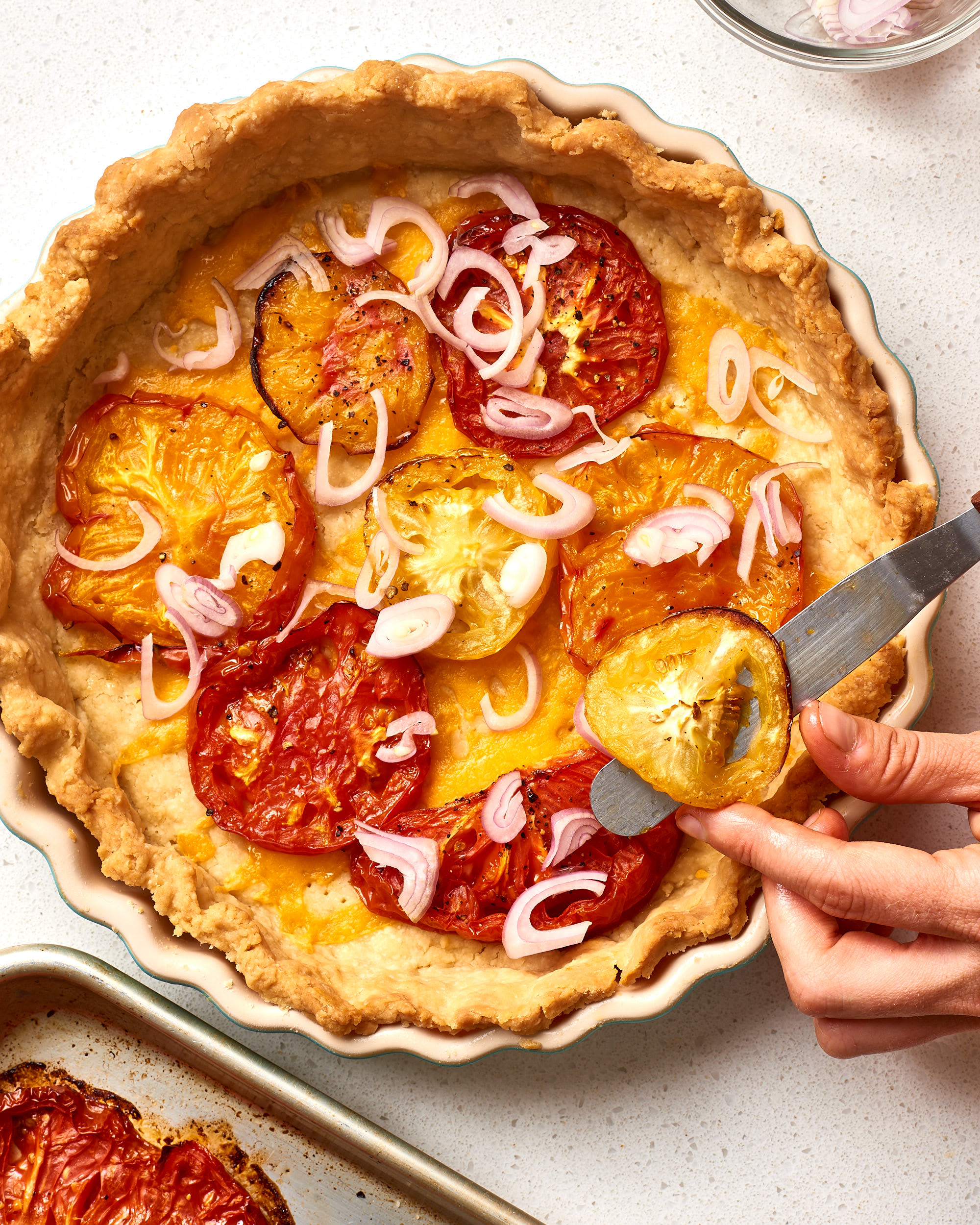 How To Make Easy Tomato Pie: gallery image 8