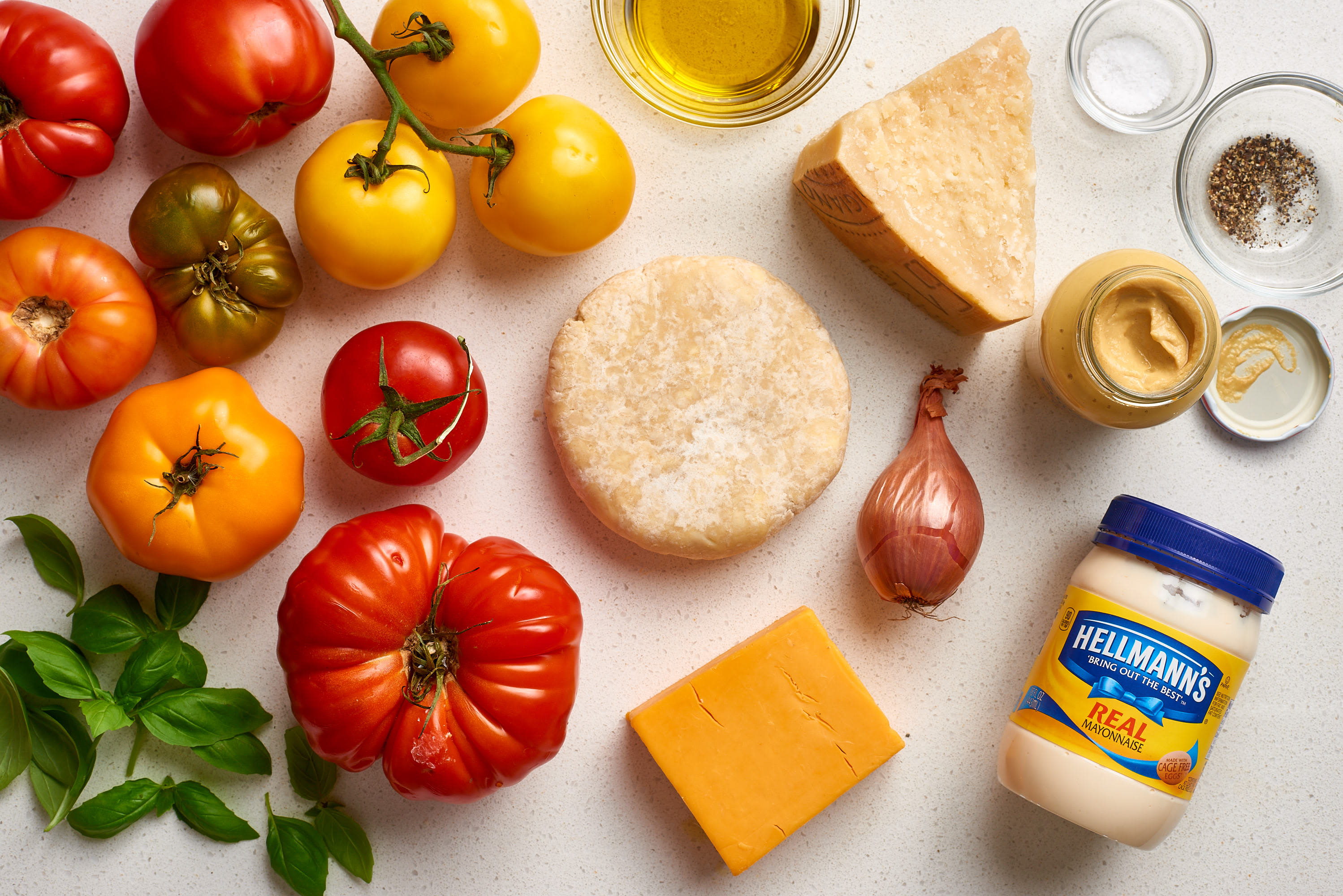 How To Make Easy Tomato Pie: gallery image 2