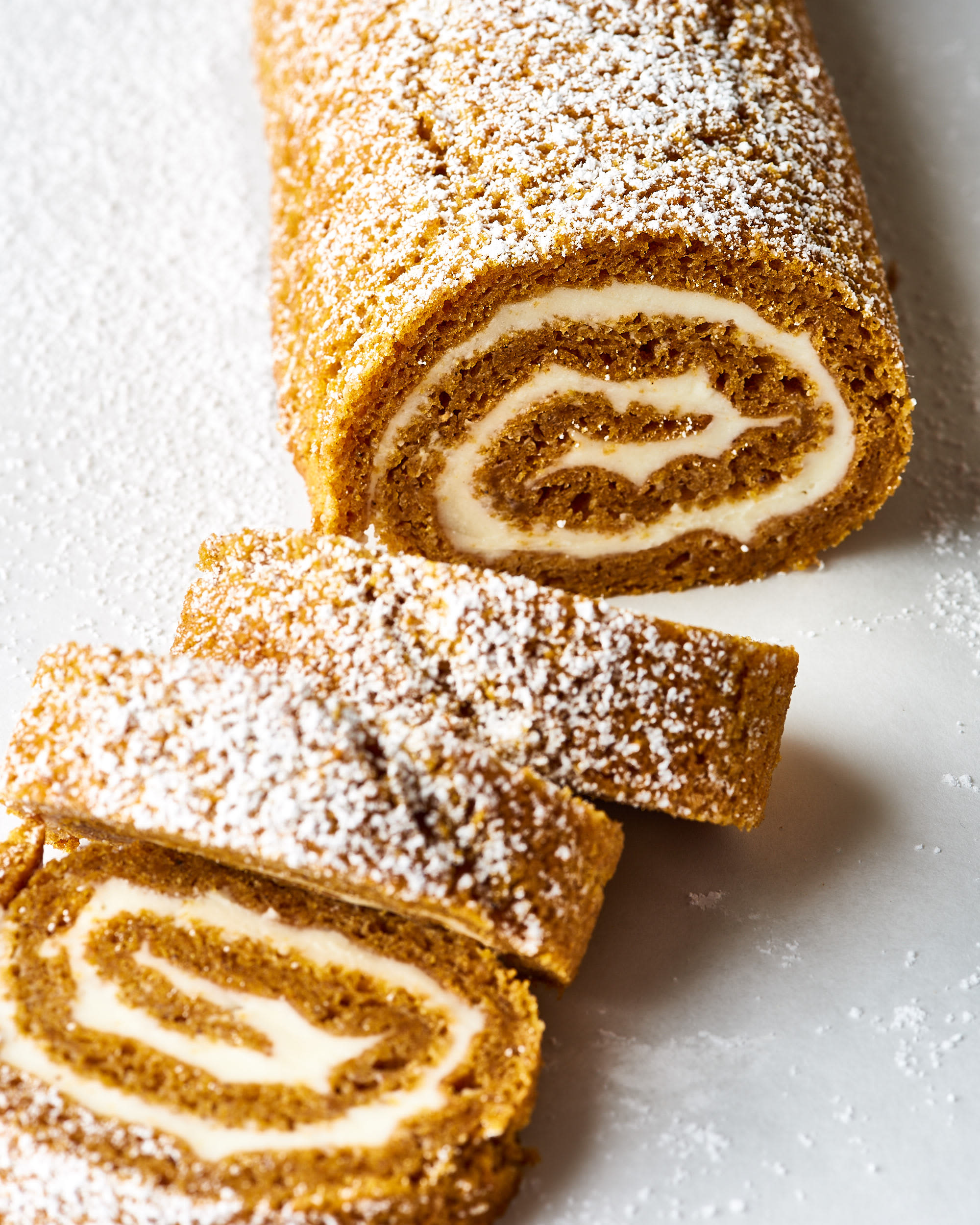 How To Make an Easy, Foolproof Pumpkin Roll: gallery image 1