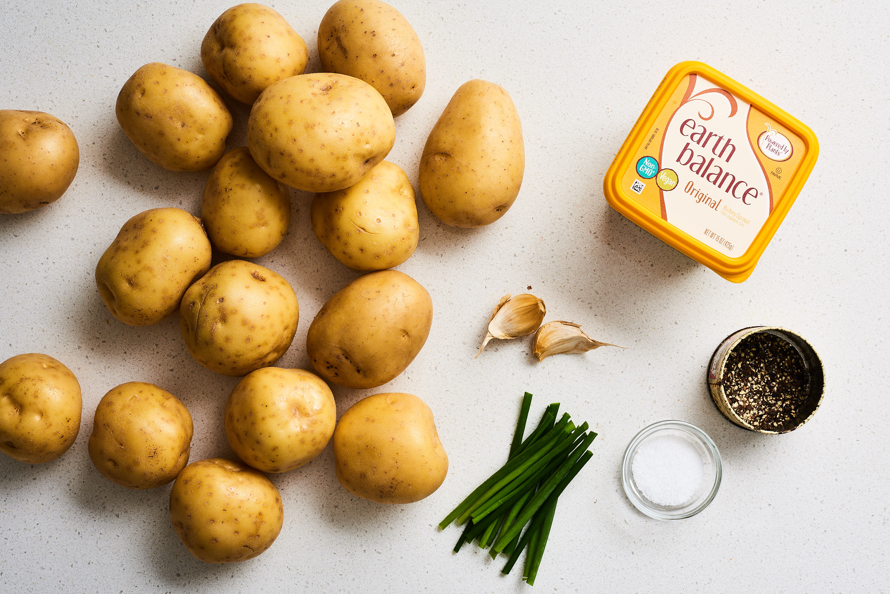 How To Make the Easiest, Creamiest Vegan Mashed Potatoes: gallery image 1