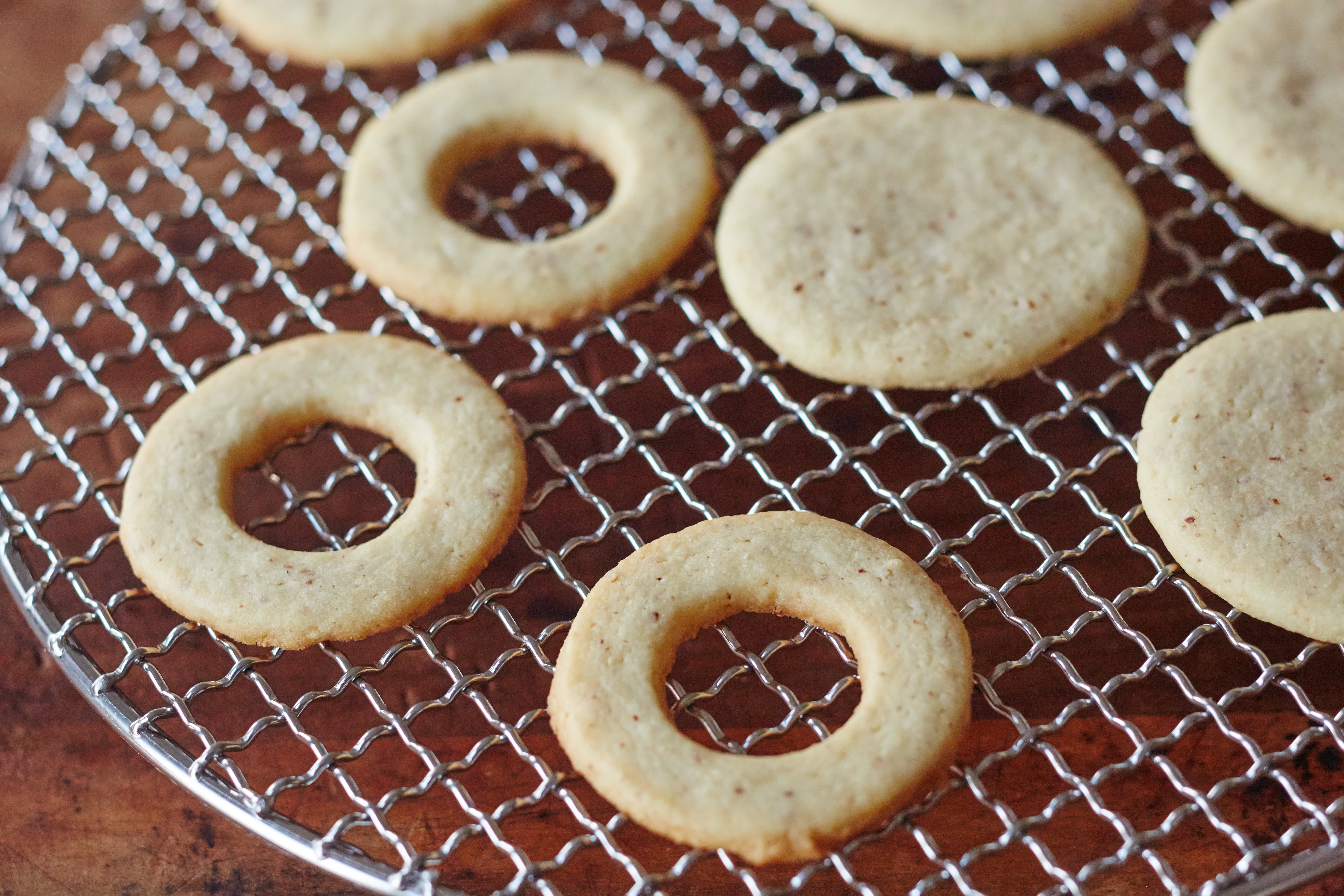 How To Make Classic Linzer Cookies: gallery image 11