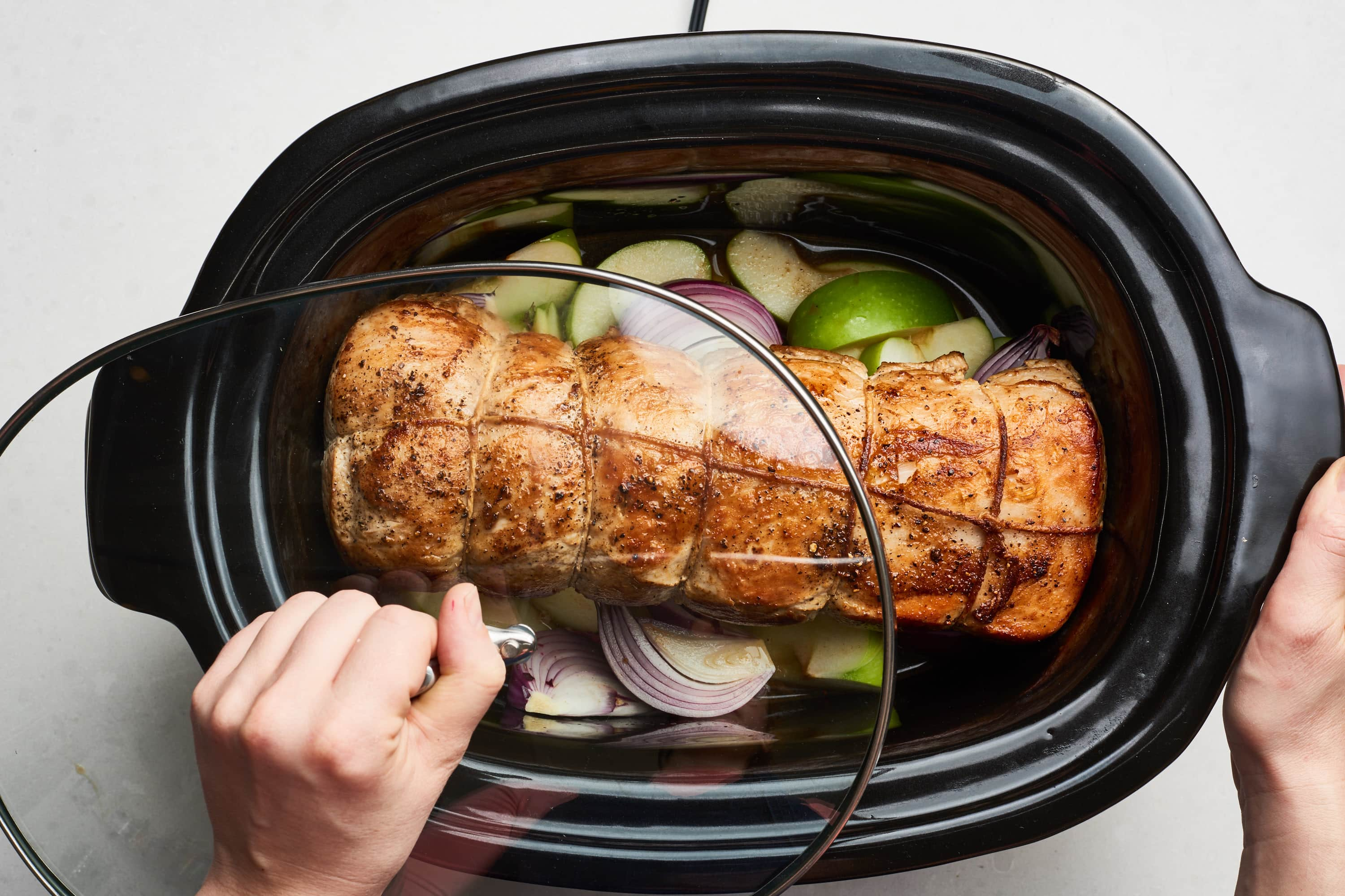 How To Cook a Pork Roast in the Slow Cooker: gallery image 8