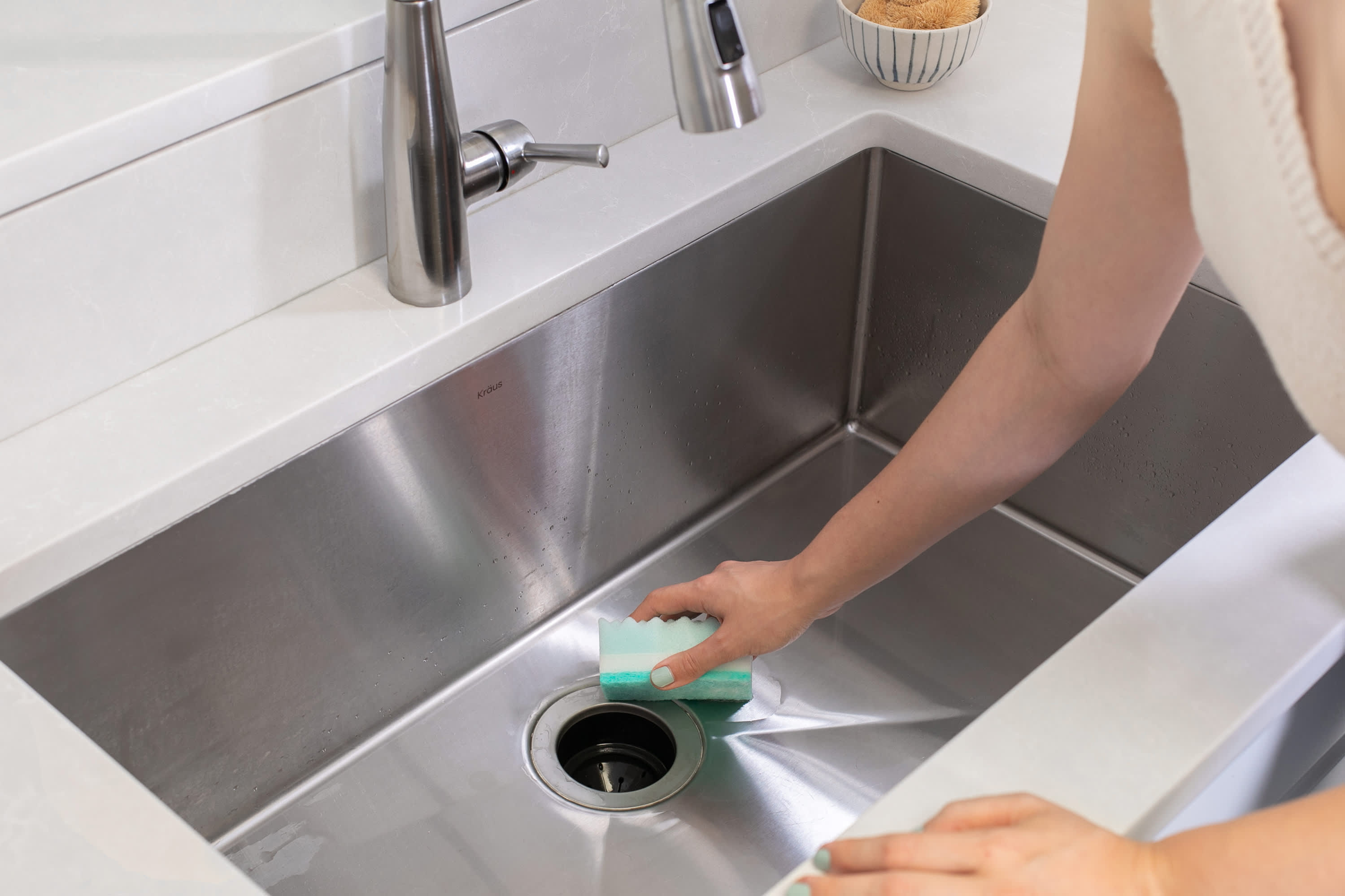 how to clean a garbage disposal kitchn. Black Bedroom Furniture Sets. Home Design Ideas
