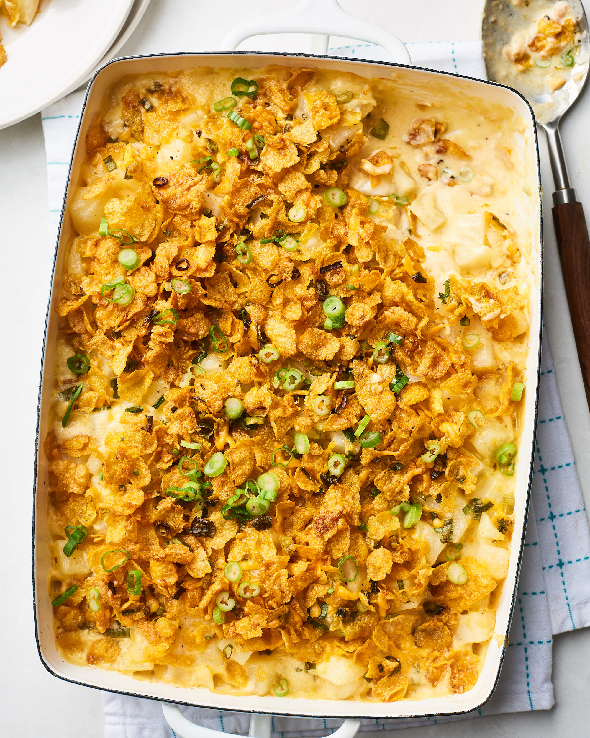 How To Make the Very Best Cheesy Potatoes: gallery image 1