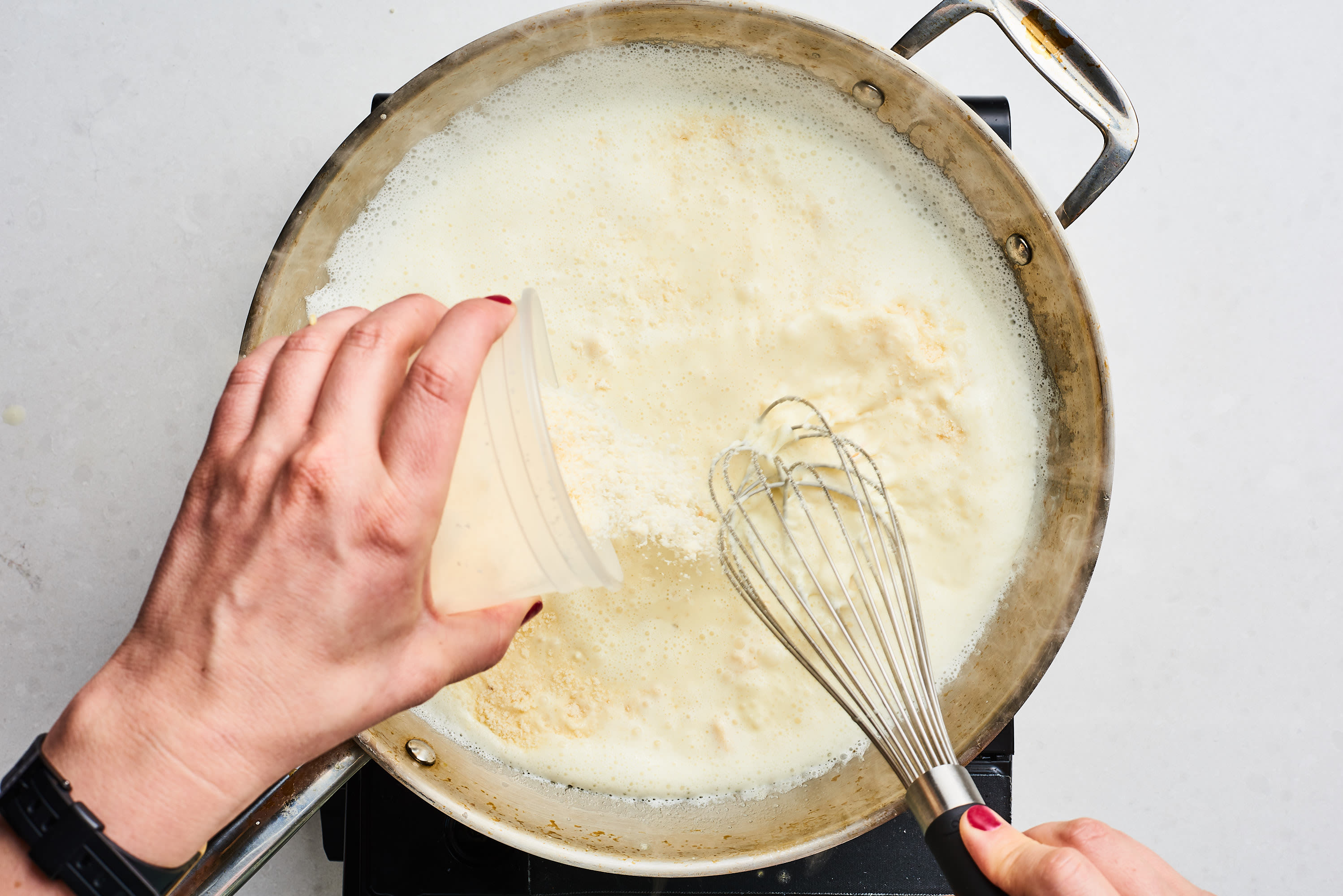How To Make the Best, Easiest Homemade Alfredo Sauce: gallery image 5
