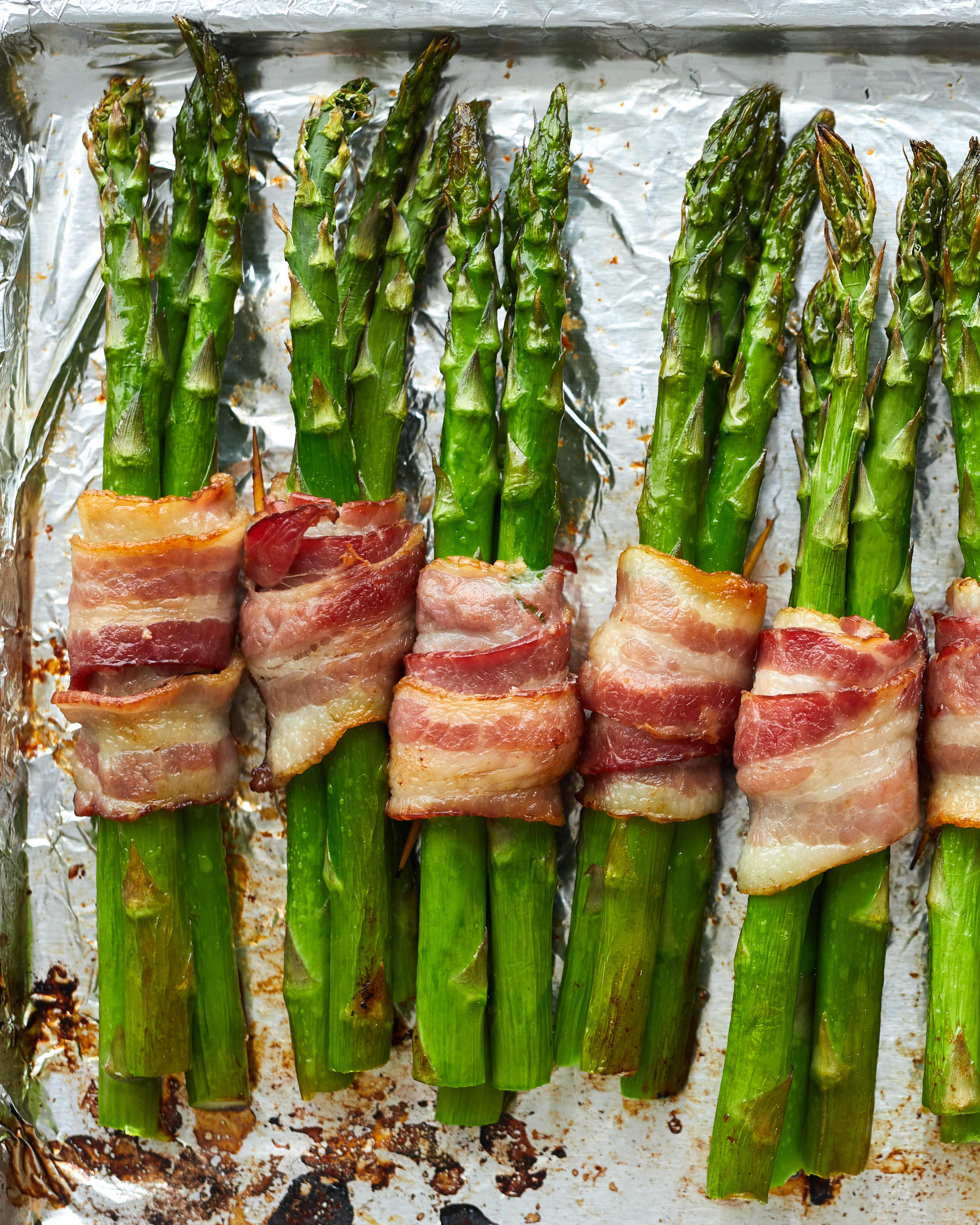 Recipe: Easy Bacon-Wrapped Asparagus