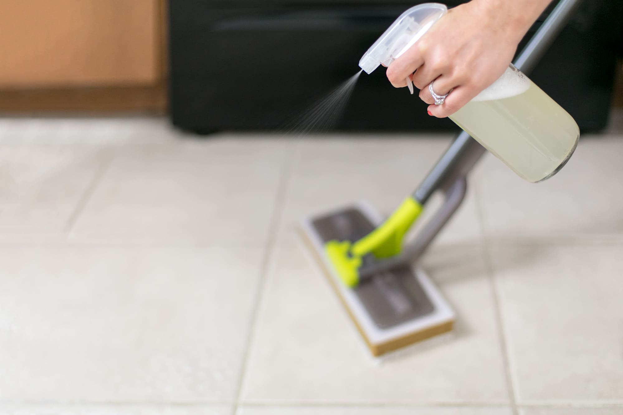 Vinegar Is the Only Floor Cleaner You Need (Even for Carpet!)