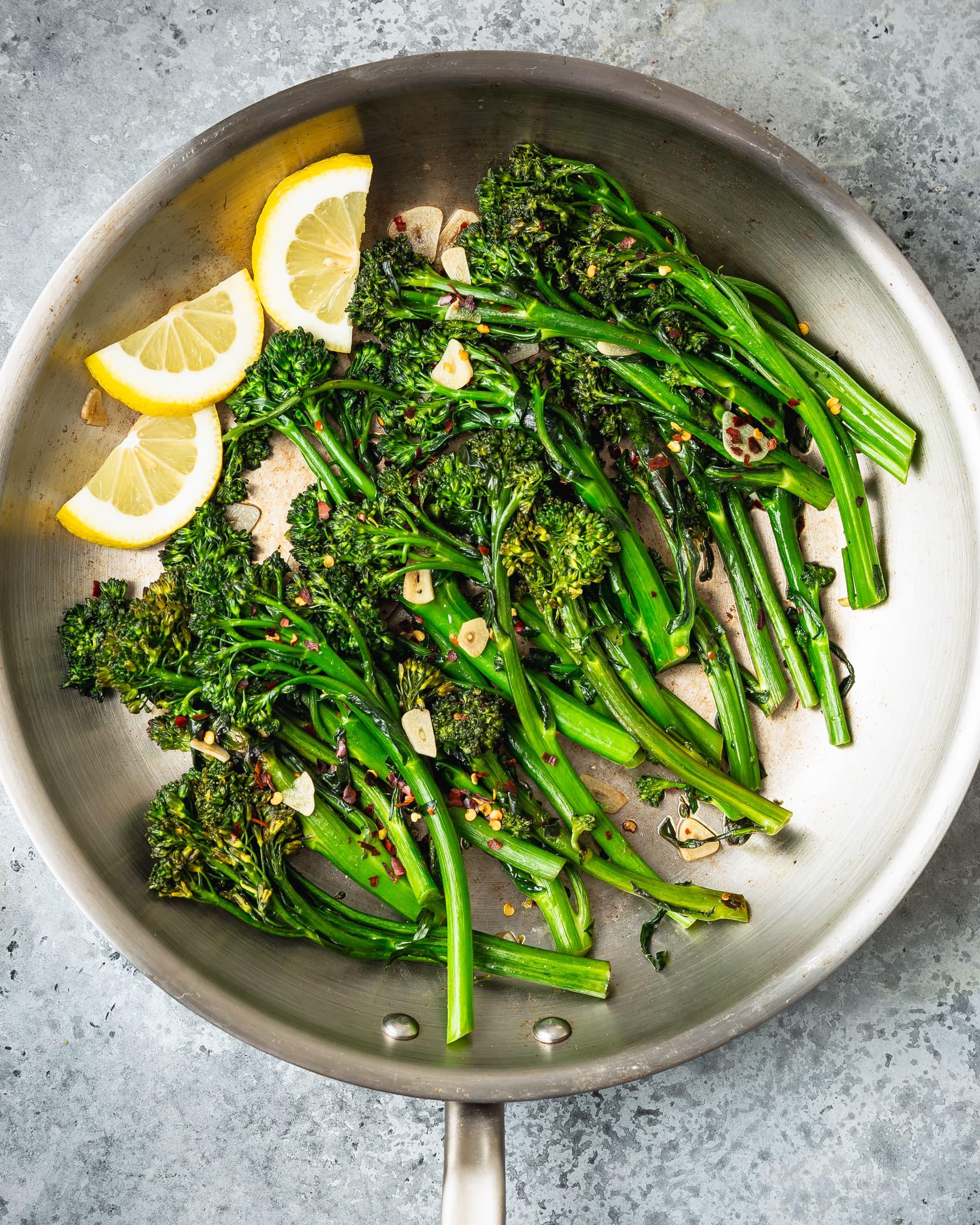 Recipe: Easy 10-Minute Garlic Broccolini