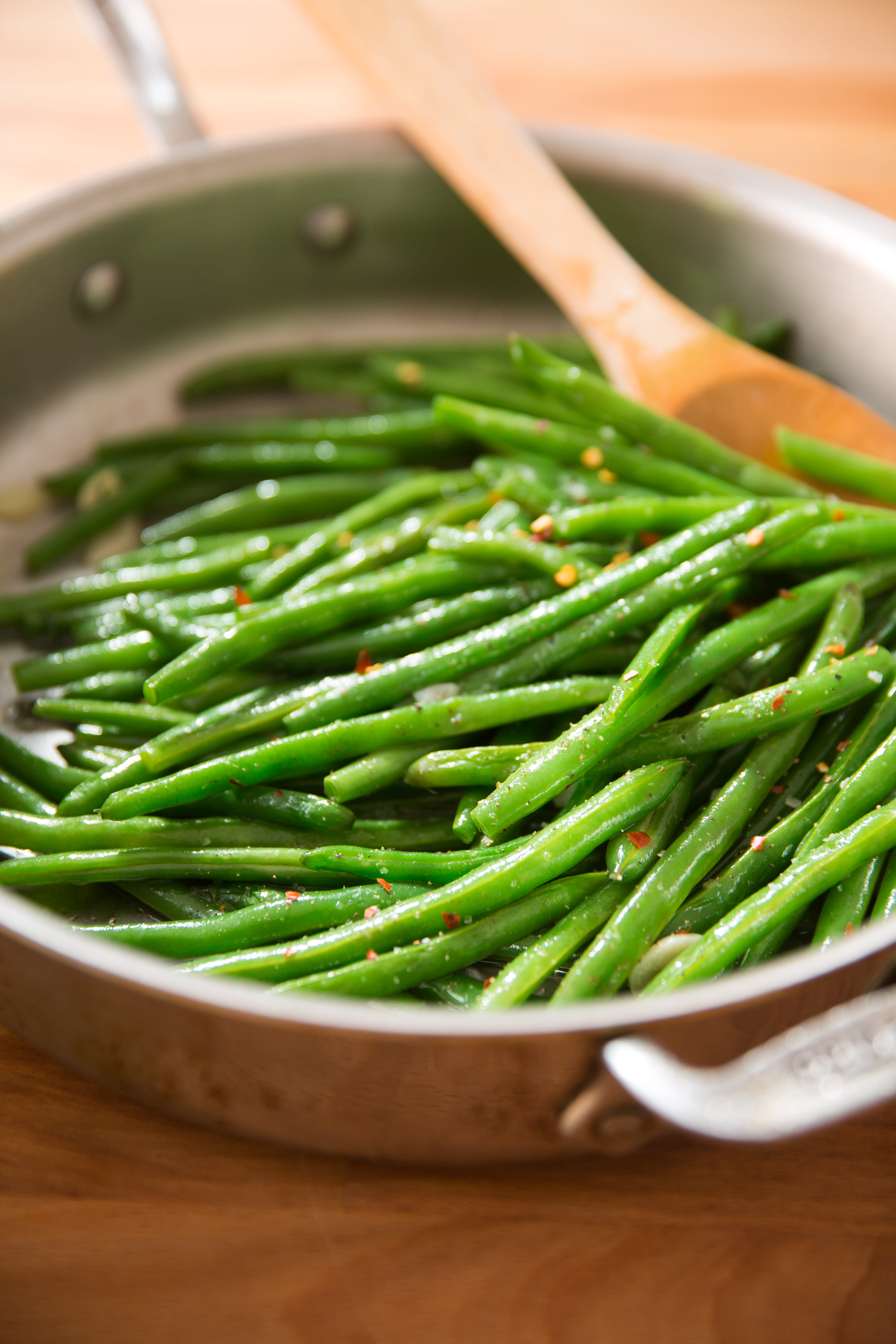 4 ways to cook green frozen beans (photo and video recipe)