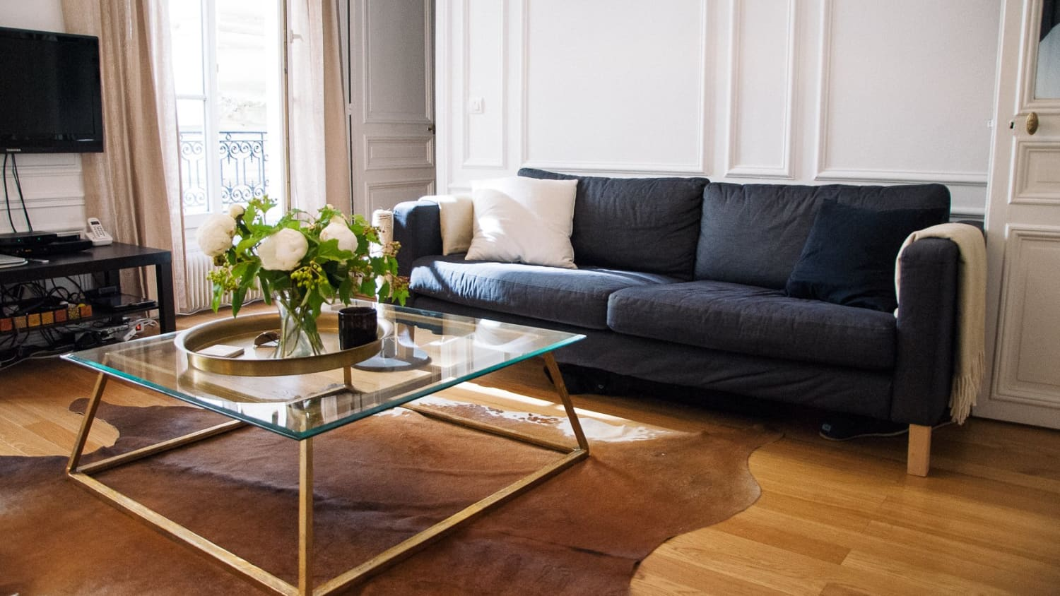 10 Modern Affordable Furniture Stores That Aren\'t IKEA ...