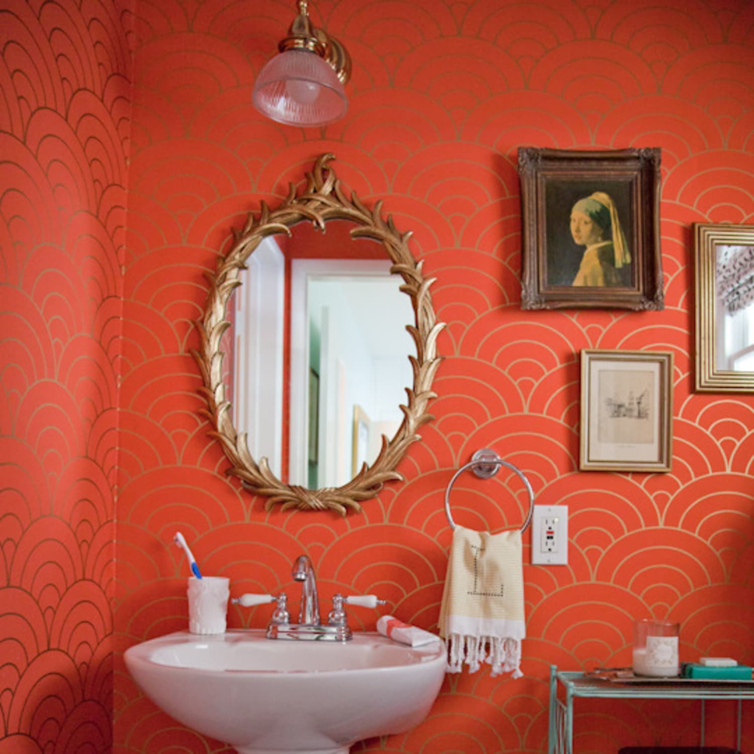 Paint Color Portfolio: Coral Bathrooms | Apartment Therapy on sage bathroom designs, peacock bathroom designs, shell bathroom designs, hunter green bathroom designs, fuschia bathroom designs, mahogany bathroom designs, navy bathroom designs, chocolate bathroom designs, seashell bathroom designs, orange bathroom designs, forest bathroom designs, gold bathroom designs, mauve bathroom designs, mint bathroom designs, purple bathroom designs, coral colored bathrooms, light green bathroom designs, onyx bathroom designs, rock bathroom designs, coral painted bathrooms,