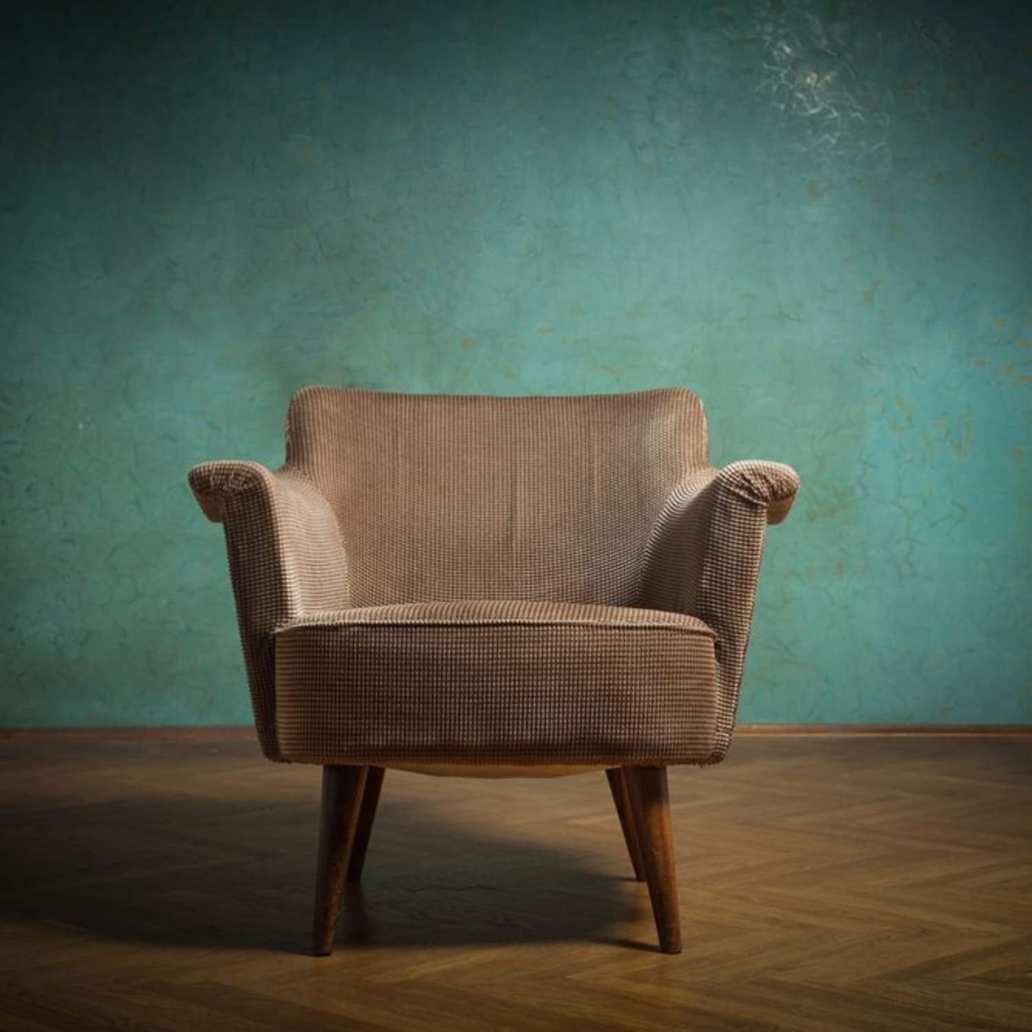 How Much Does It Cost To Reupholster An Armchair