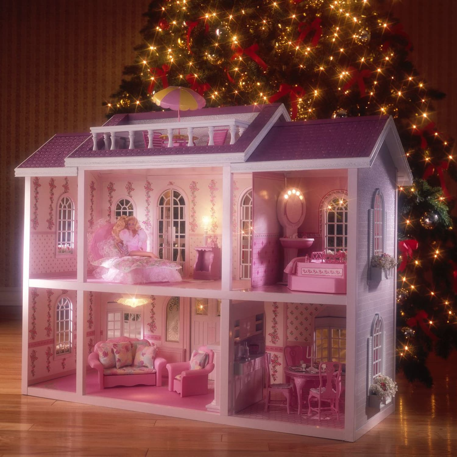 Barbie Dreamhouse - Design History, Architect Review | Apartment Therapy